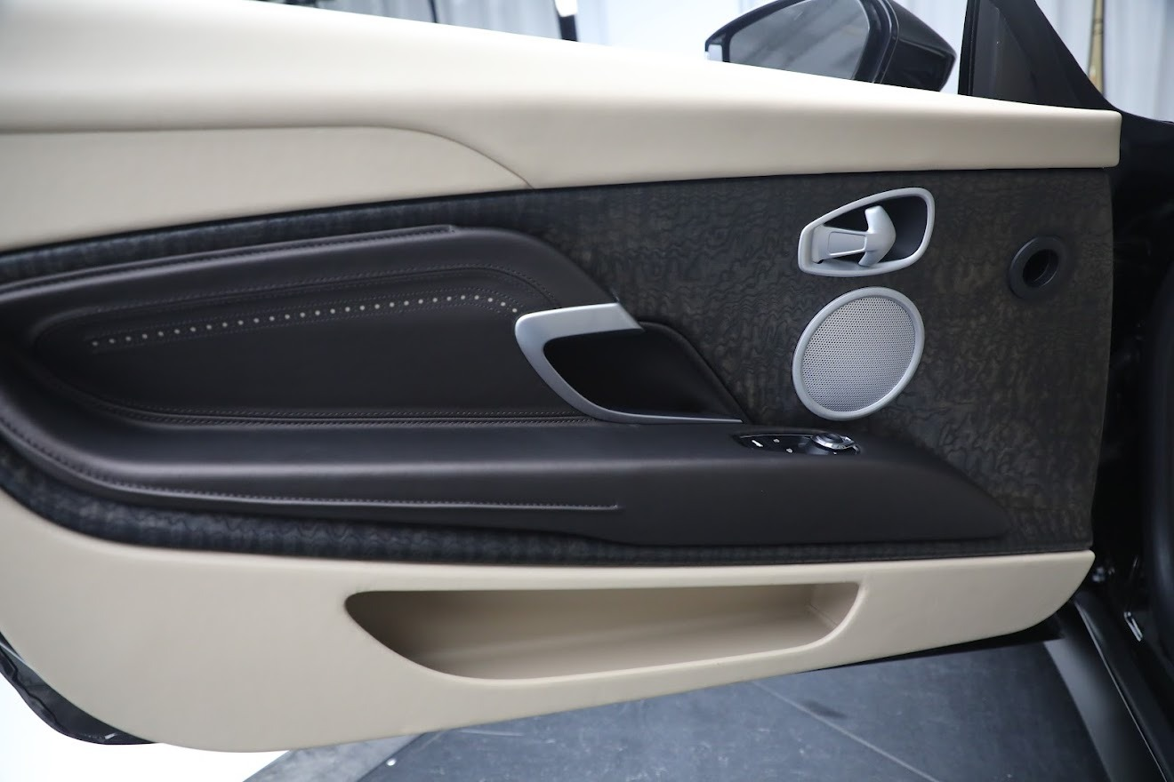 New 2019 Aston Martin DB11 V8 Convertible For Sale In Westport, CT 2410_p21