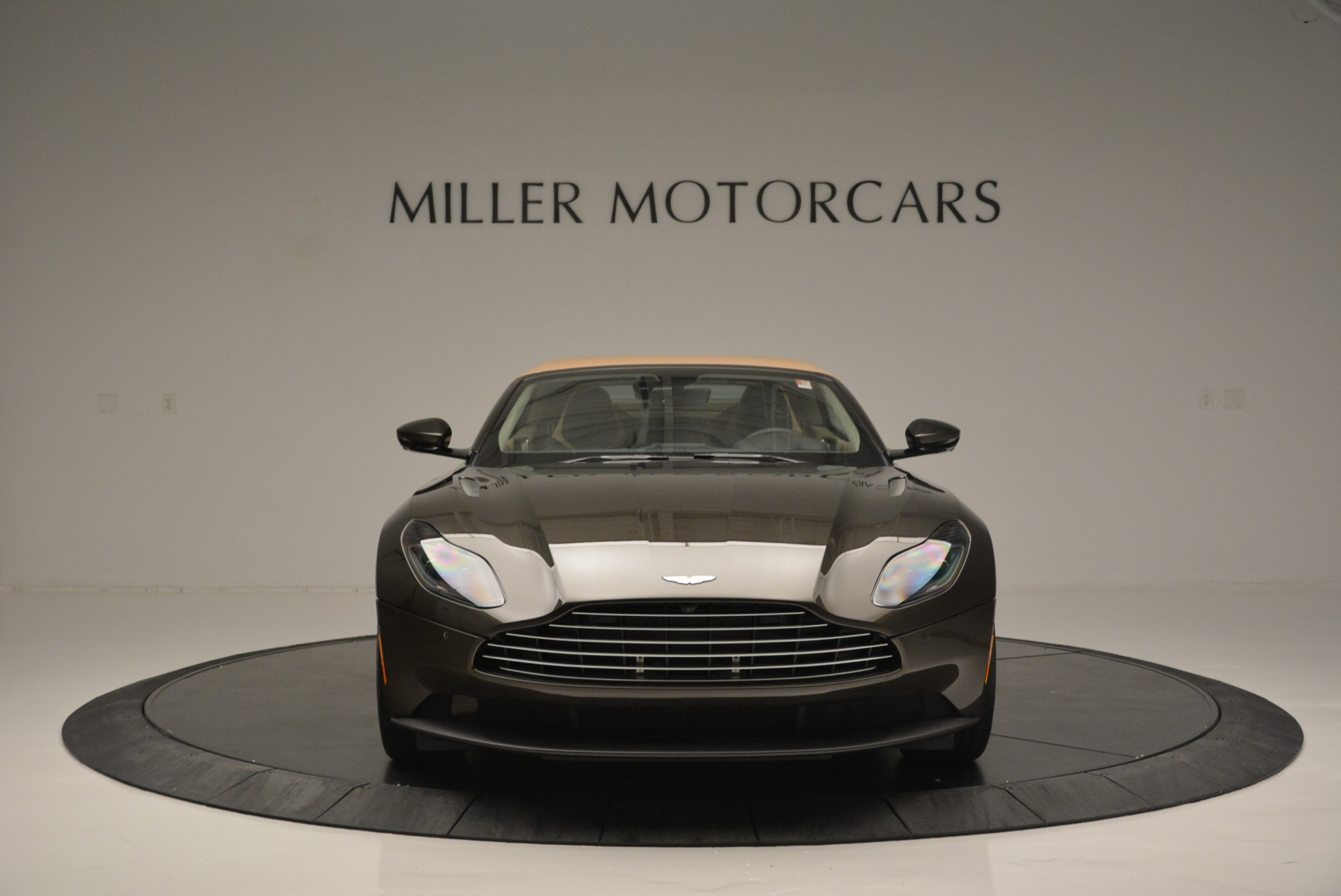 New 2019 Aston Martin DB11 V8 Convertible For Sale In Westport, CT 2410_p24