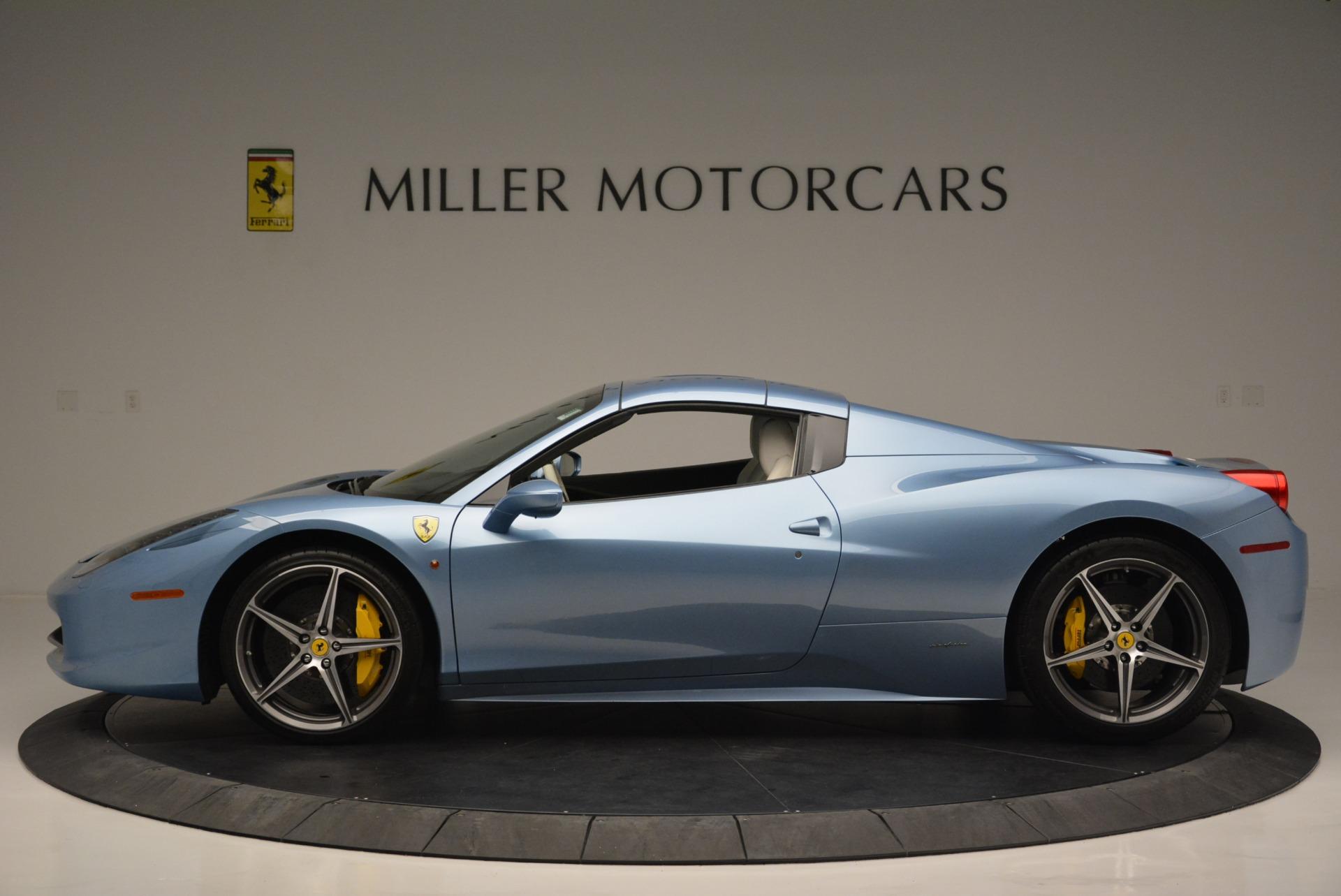 Used 2012 Ferrari 458 Spider  For Sale In Westport, CT 2413_p15