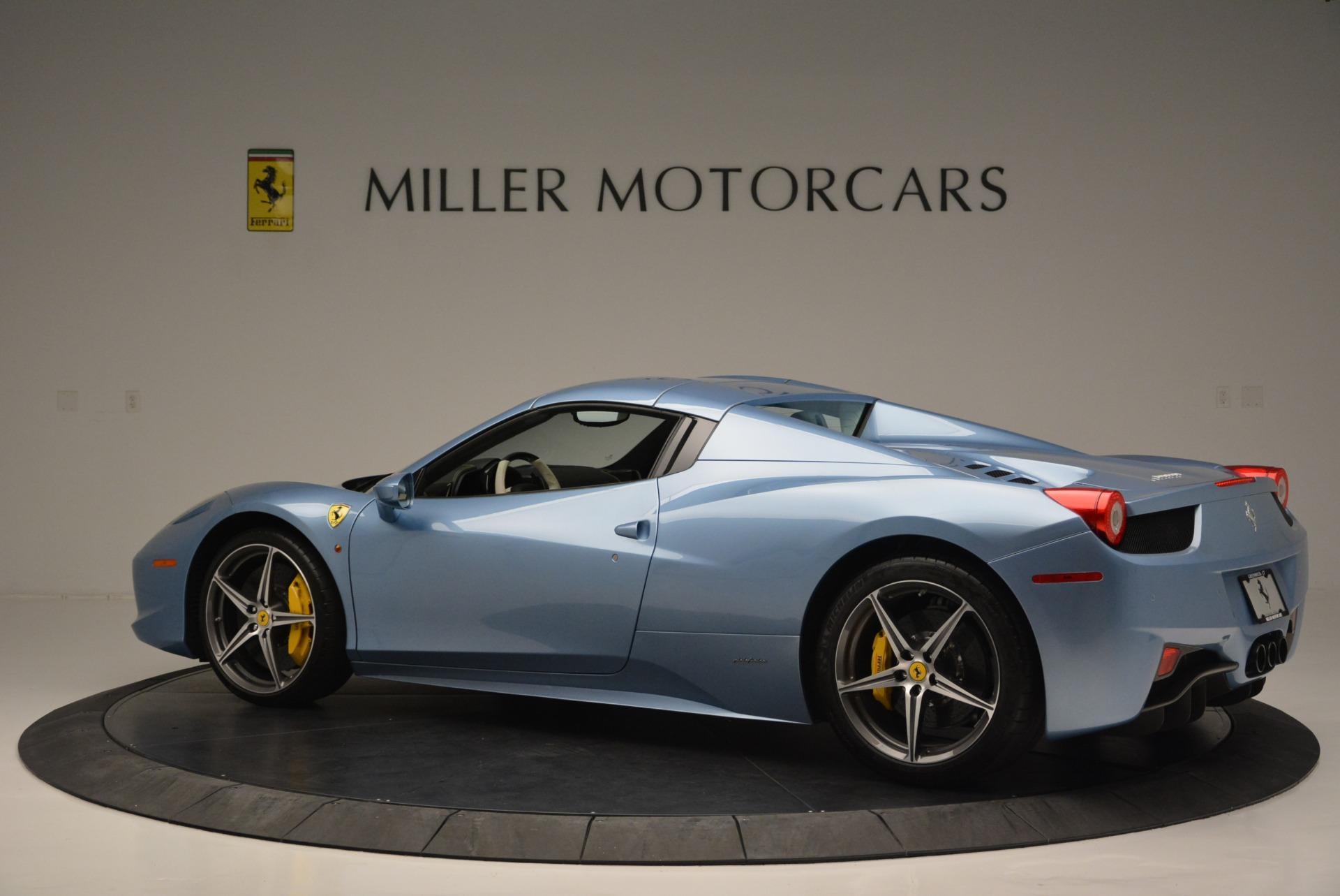 Used 2012 Ferrari 458 Spider  For Sale In Westport, CT 2413_p16