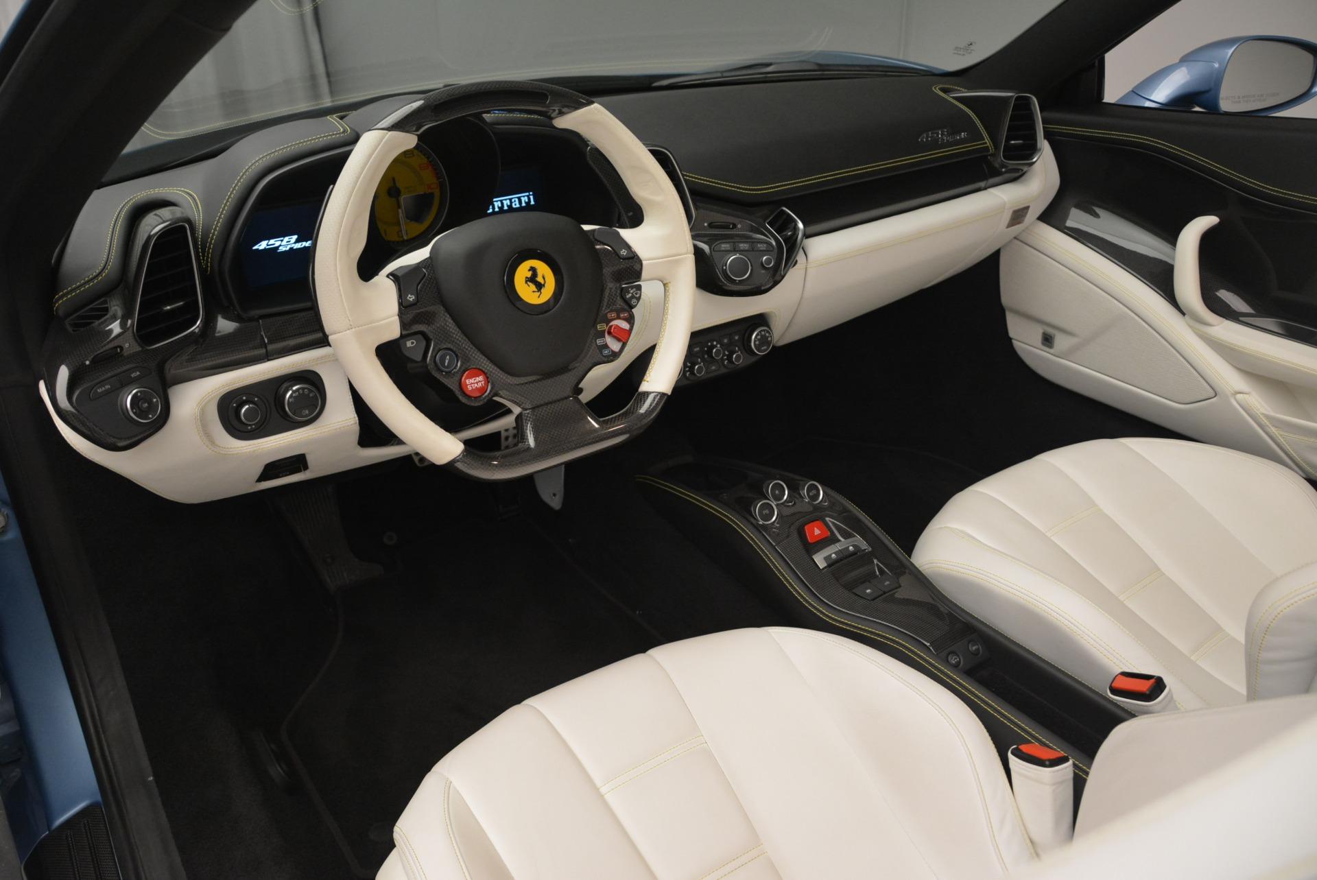 Used 2012 Ferrari 458 Spider  For Sale In Westport, CT 2413_p25