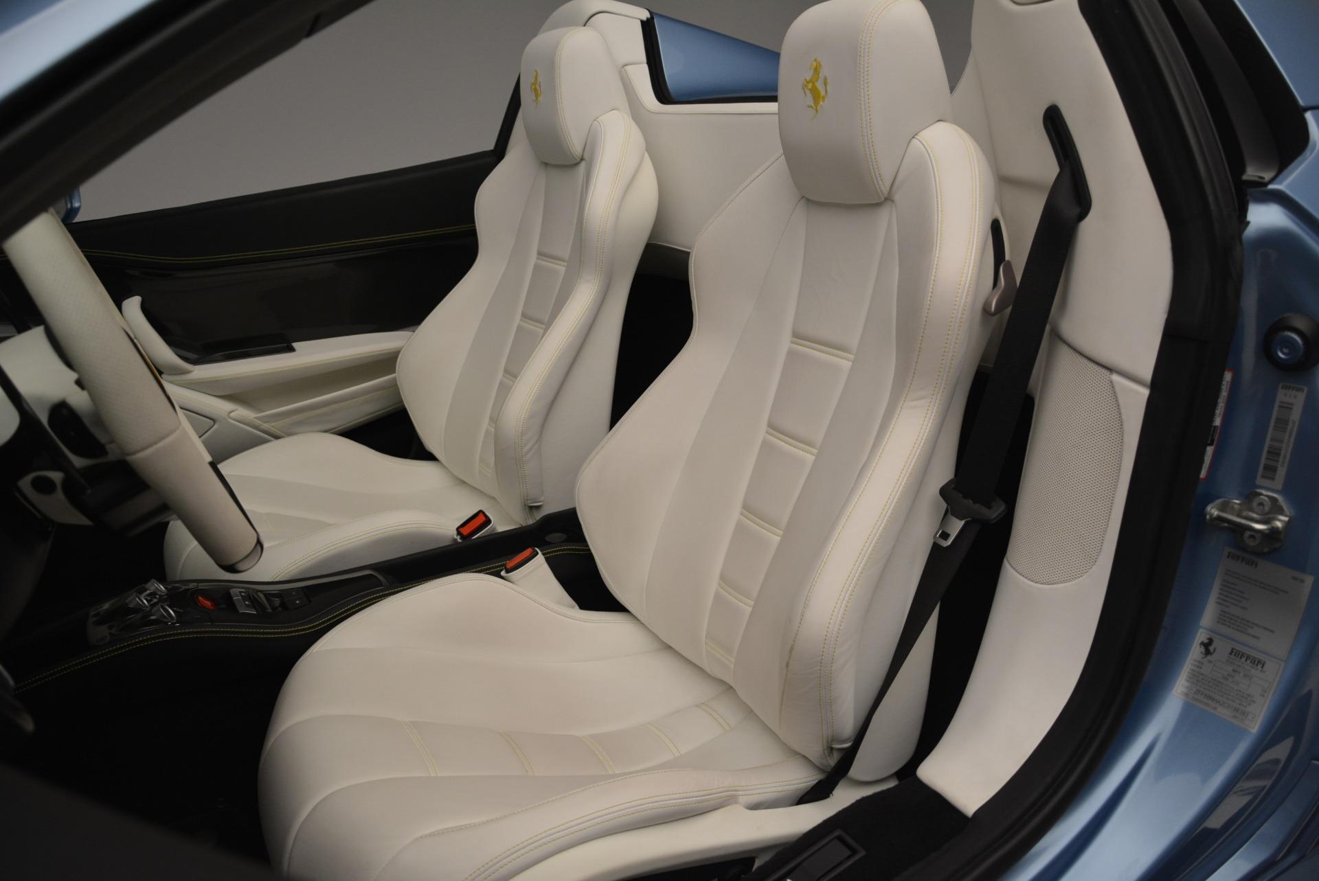 Used 2012 Ferrari 458 Spider  For Sale In Westport, CT 2413_p27