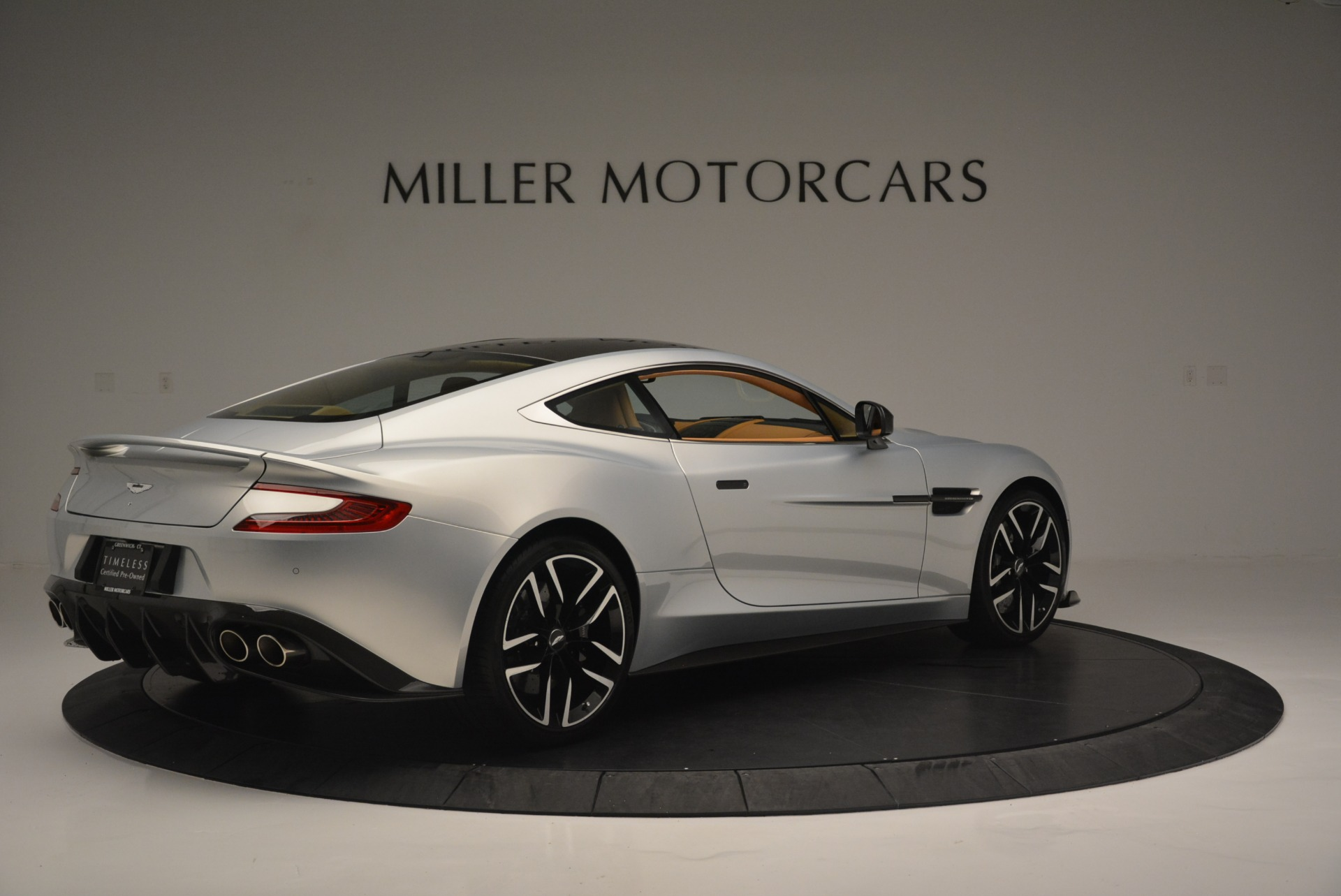 Used 2018 Aston Martin Vanquish S Coupe For Sale In Westport, CT 2421_p8