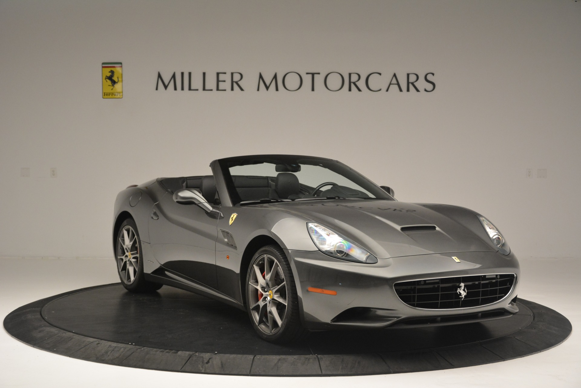 Used 2010 Ferrari California  For Sale In Westport, CT 2424_p11