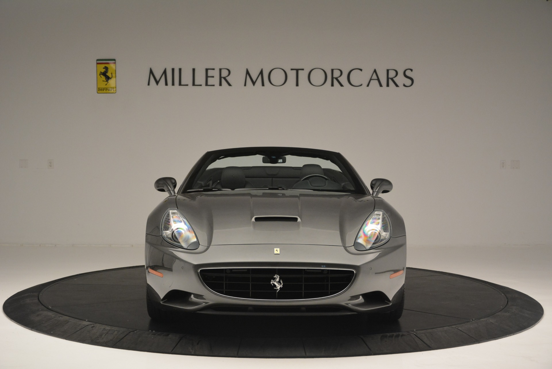 Used 2010 Ferrari California  For Sale In Westport, CT 2424_p12