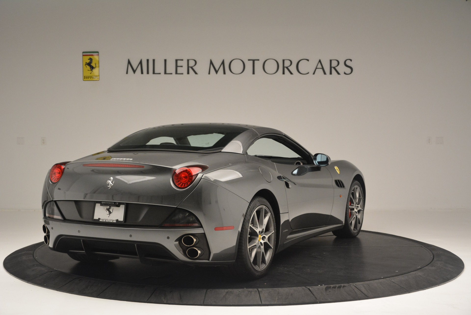 Used 2010 Ferrari California  For Sale In Westport, CT 2424_p19
