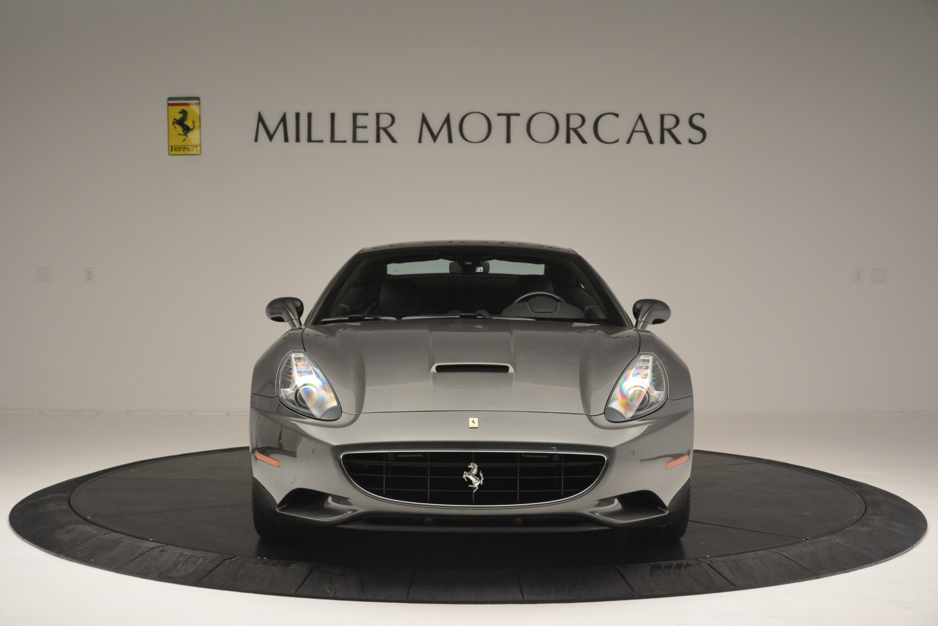 Used 2010 Ferrari California  For Sale In Westport, CT 2424_p24