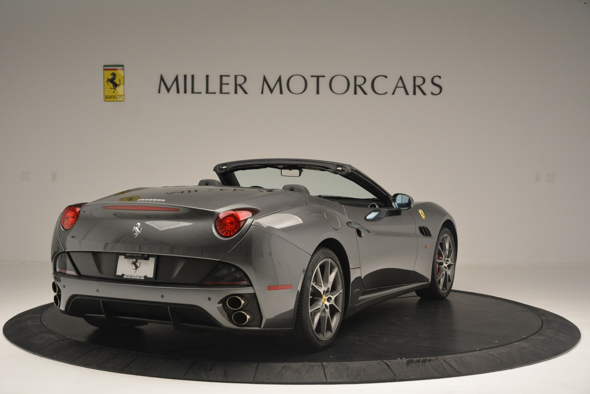 Used 2010 Ferrari California  For Sale In Westport, CT 2424_p7