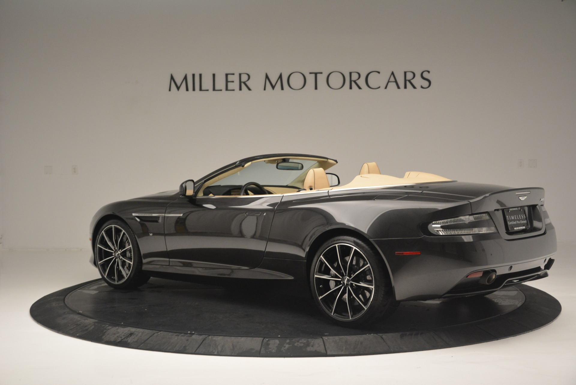 Used 2016 Aston Martin DB9 GT Volante For Sale In Westport, CT 2429_p4