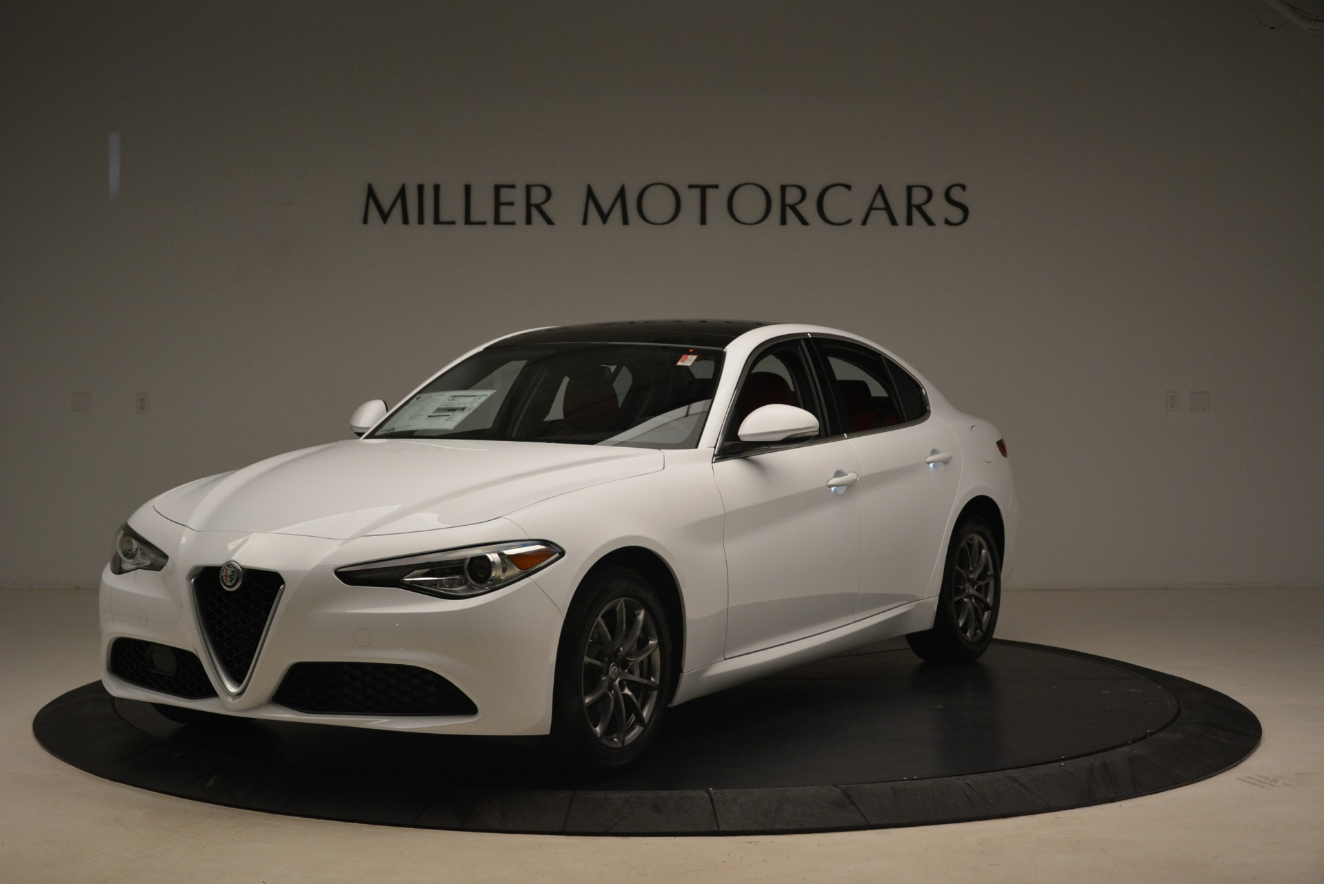 New 2018 Alfa Romeo Giulia Q4 For Sale In Westport, CT 2437_main