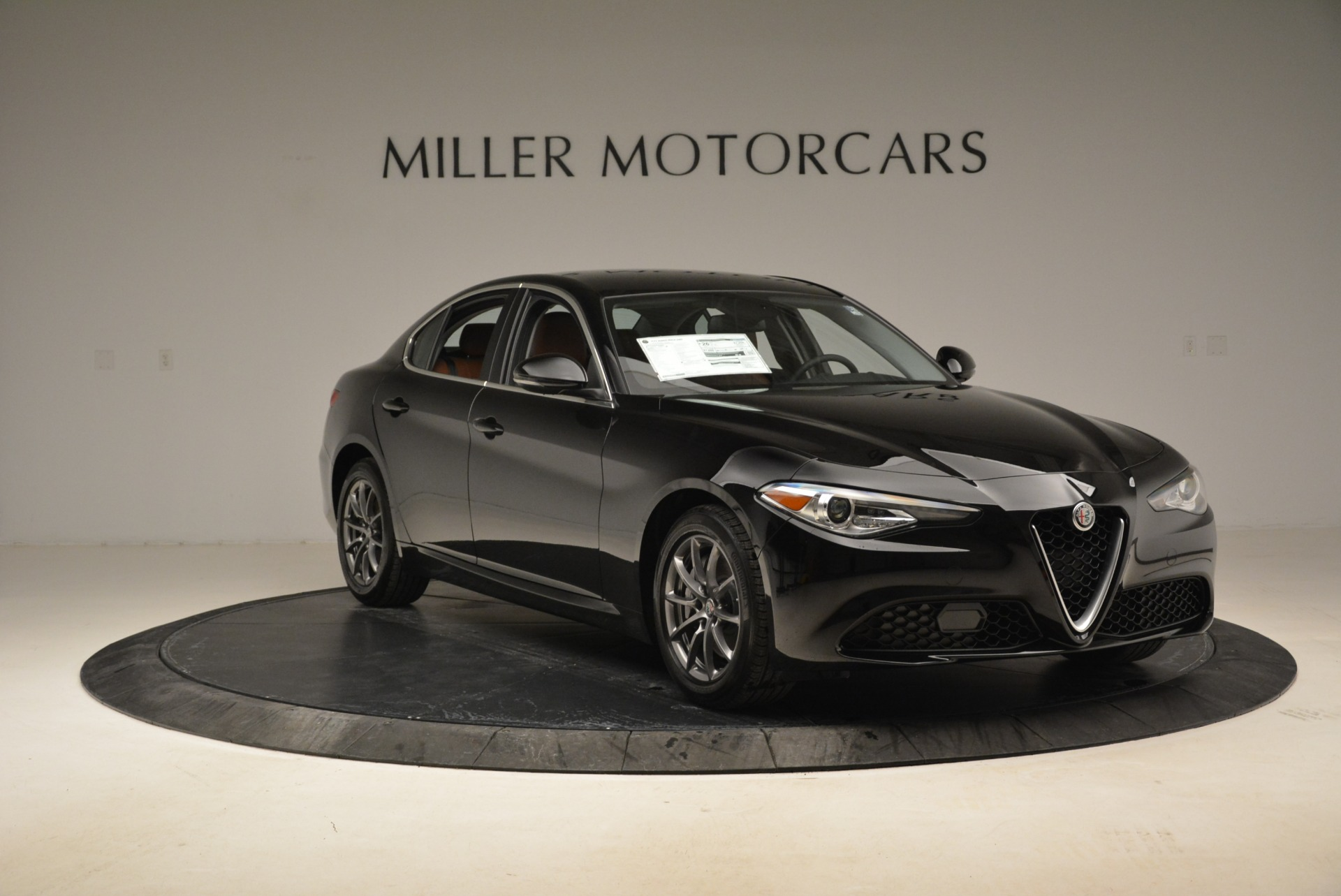 New 2018 Alfa Romeo Giulia Q4 For Sale In Westport, CT 2438_p14
