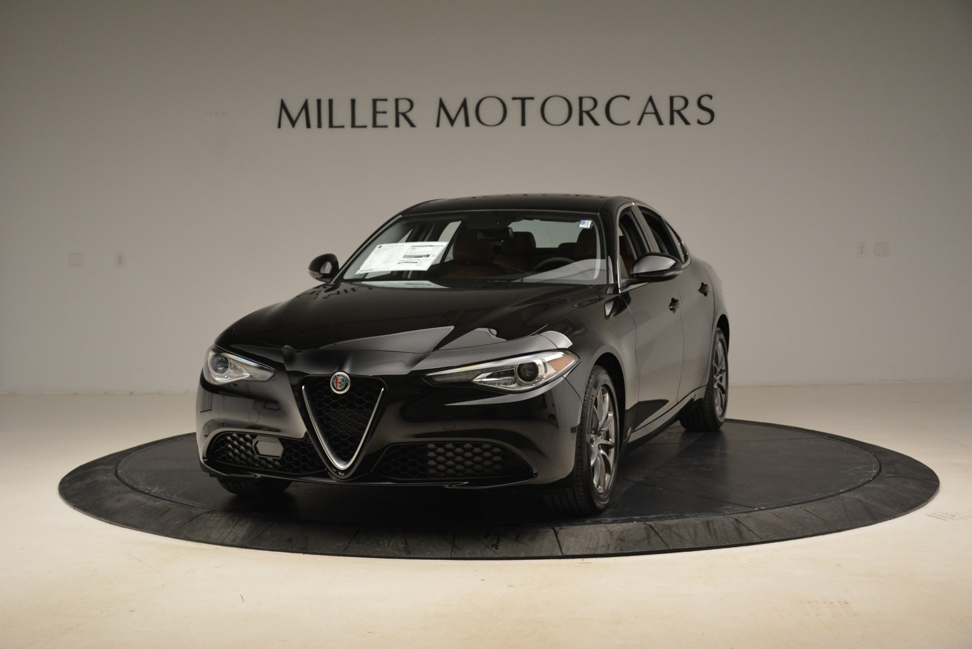 New 2018 Alfa Romeo Giulia Q4 For Sale In Westport, CT 2438_p4