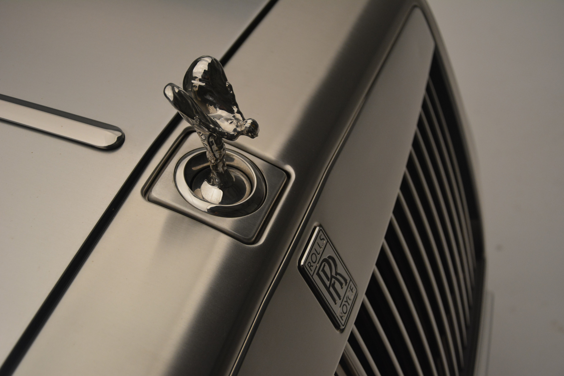 Used 2013 Rolls-Royce Phantom Drophead Coupe  For Sale In Westport, CT 2444_p17