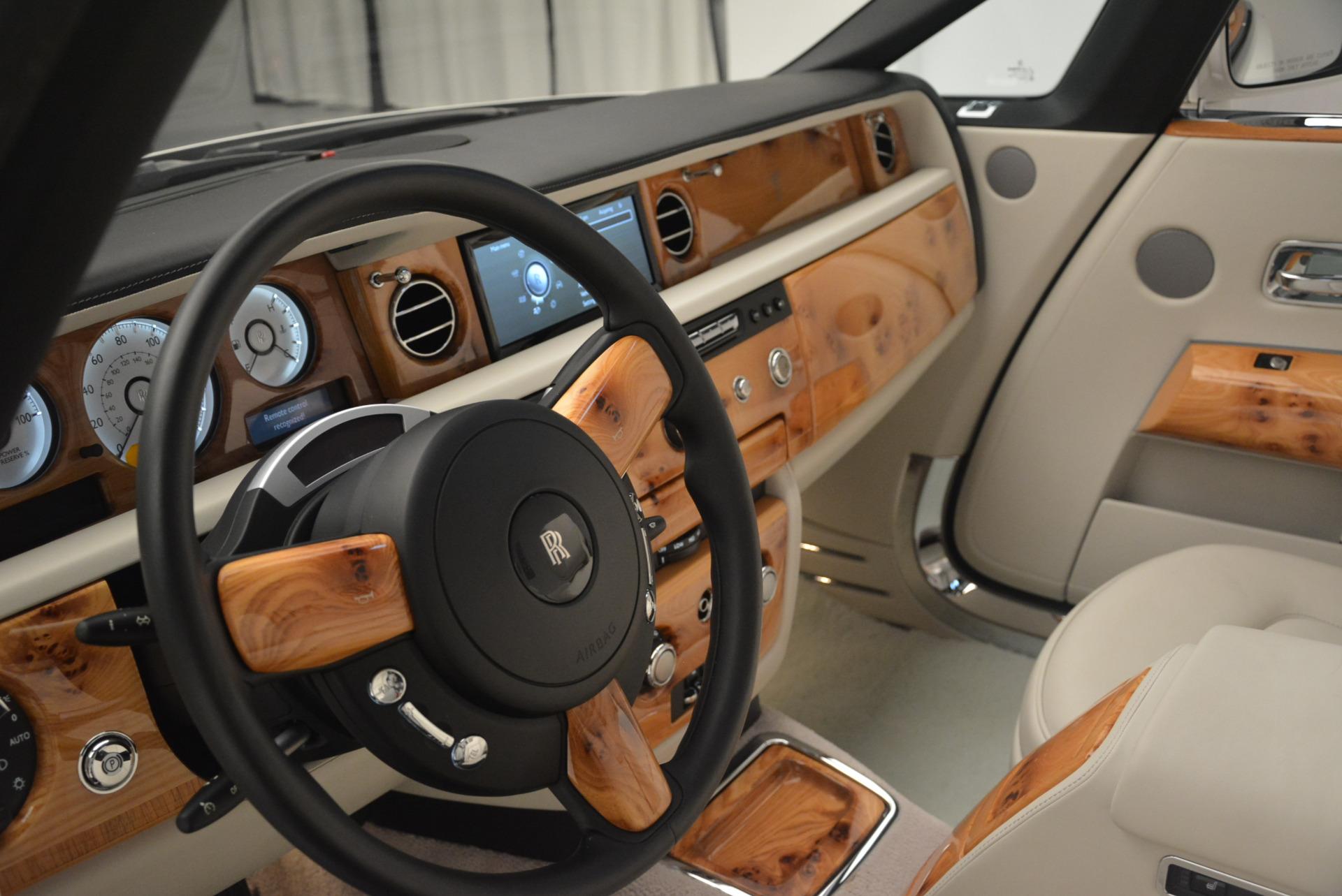 Used 2013 Rolls-Royce Phantom Drophead Coupe  For Sale In Westport, CT 2444_p21