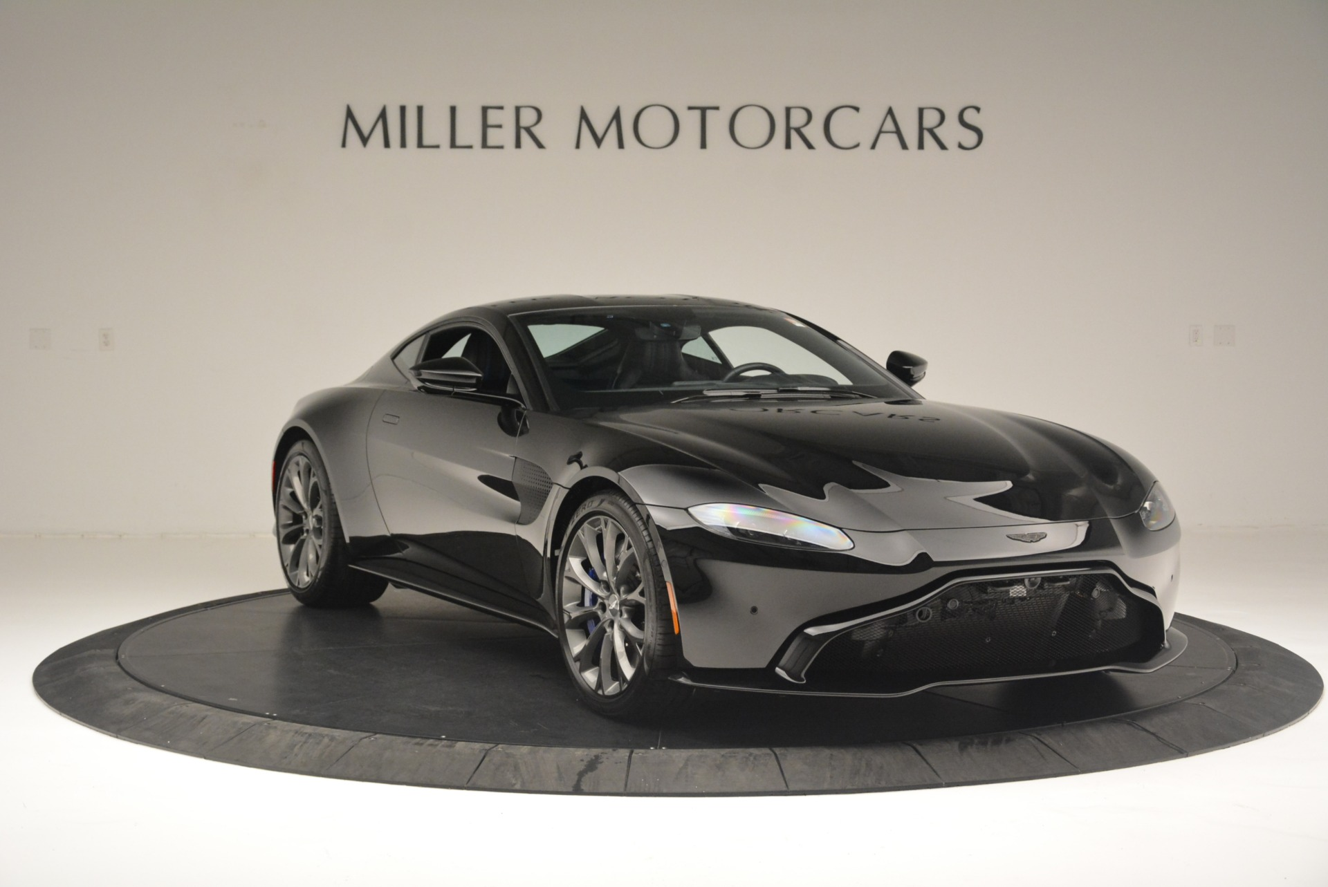 Used 2019 Aston Martin Vantage Coupe For Sale In Westport, CT 2445_p11