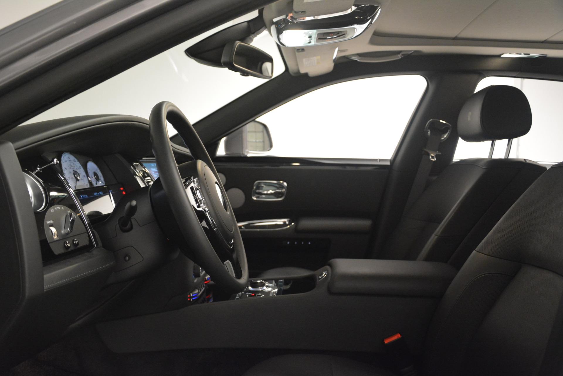 Used 2012 Rolls-Royce Ghost  For Sale In Westport, CT 2447_p13