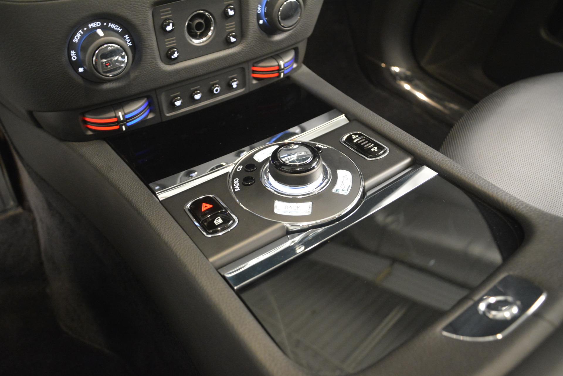 Used 2012 Rolls-Royce Ghost  For Sale In Westport, CT 2447_p16