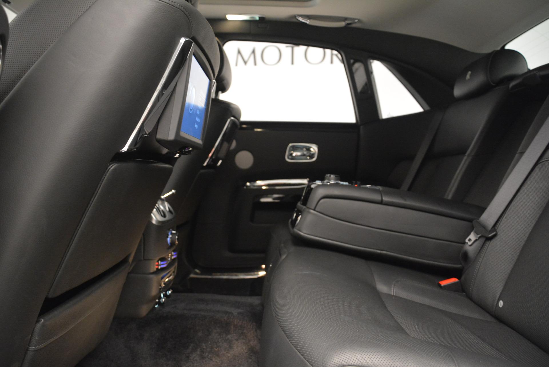 Used 2012 Rolls-Royce Ghost  For Sale In Westport, CT 2447_p19
