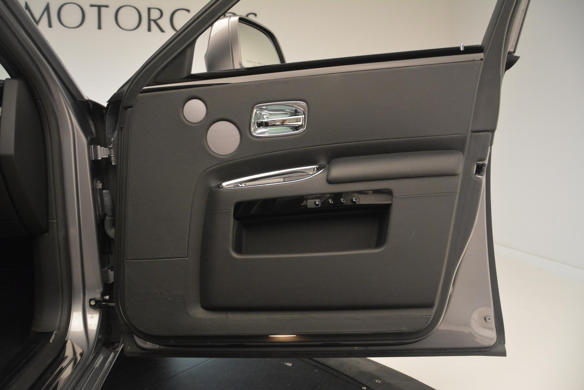 Used 2012 Rolls-Royce Ghost  For Sale In Westport, CT 2447_p22