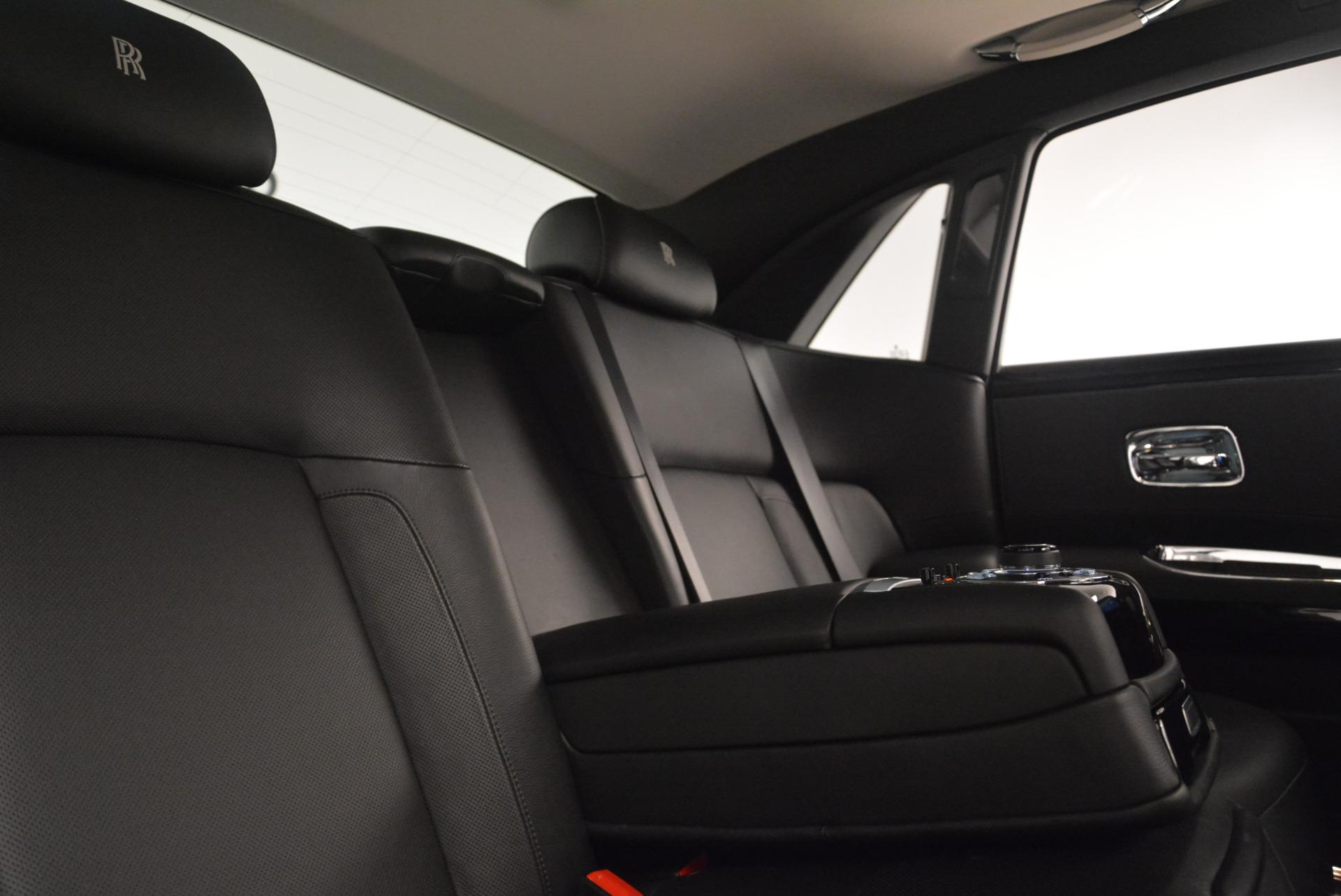Used 2012 Rolls-Royce Ghost  For Sale In Westport, CT 2447_p27