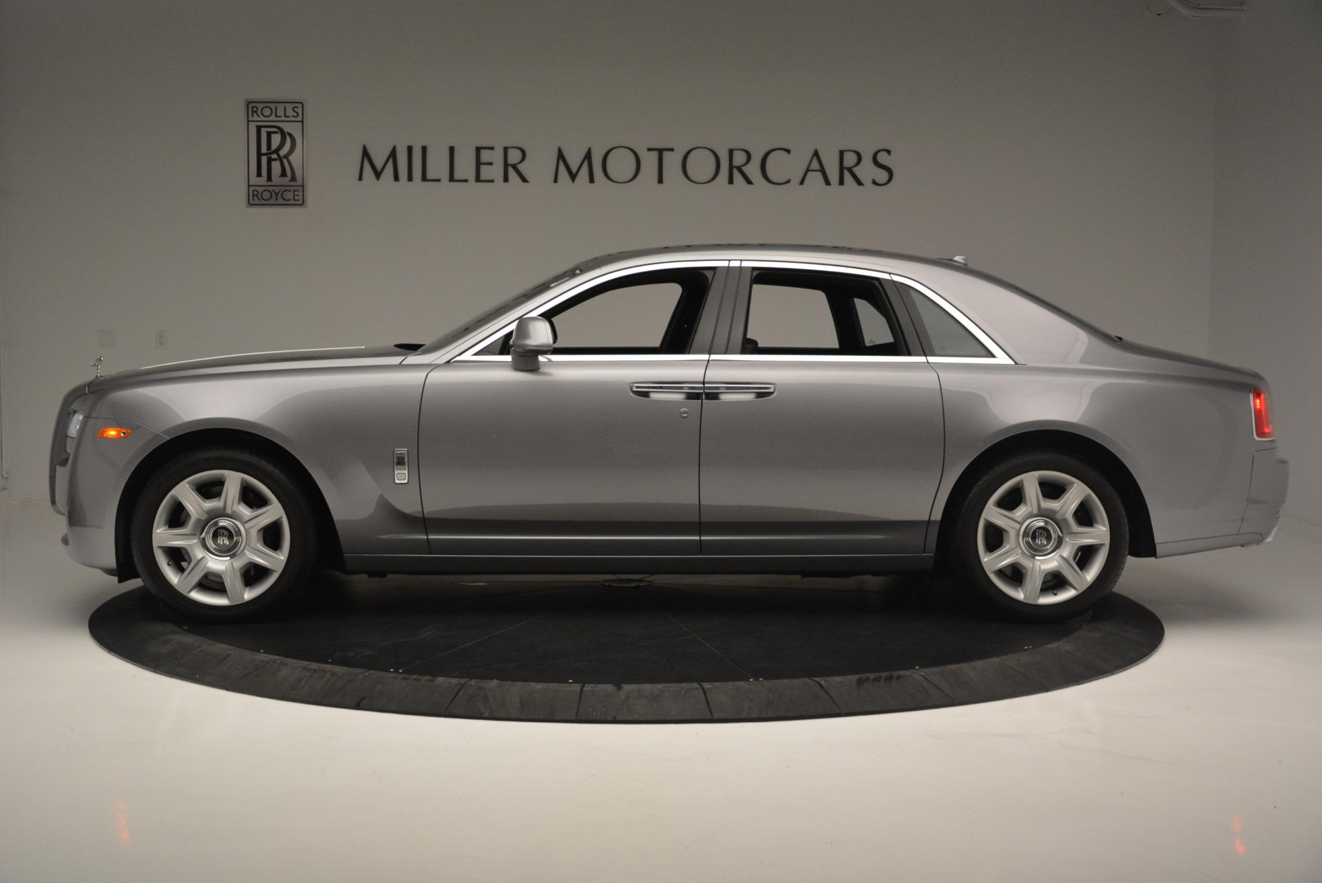 Used 2012 Rolls-Royce Ghost  For Sale In Westport, CT 2447_p2