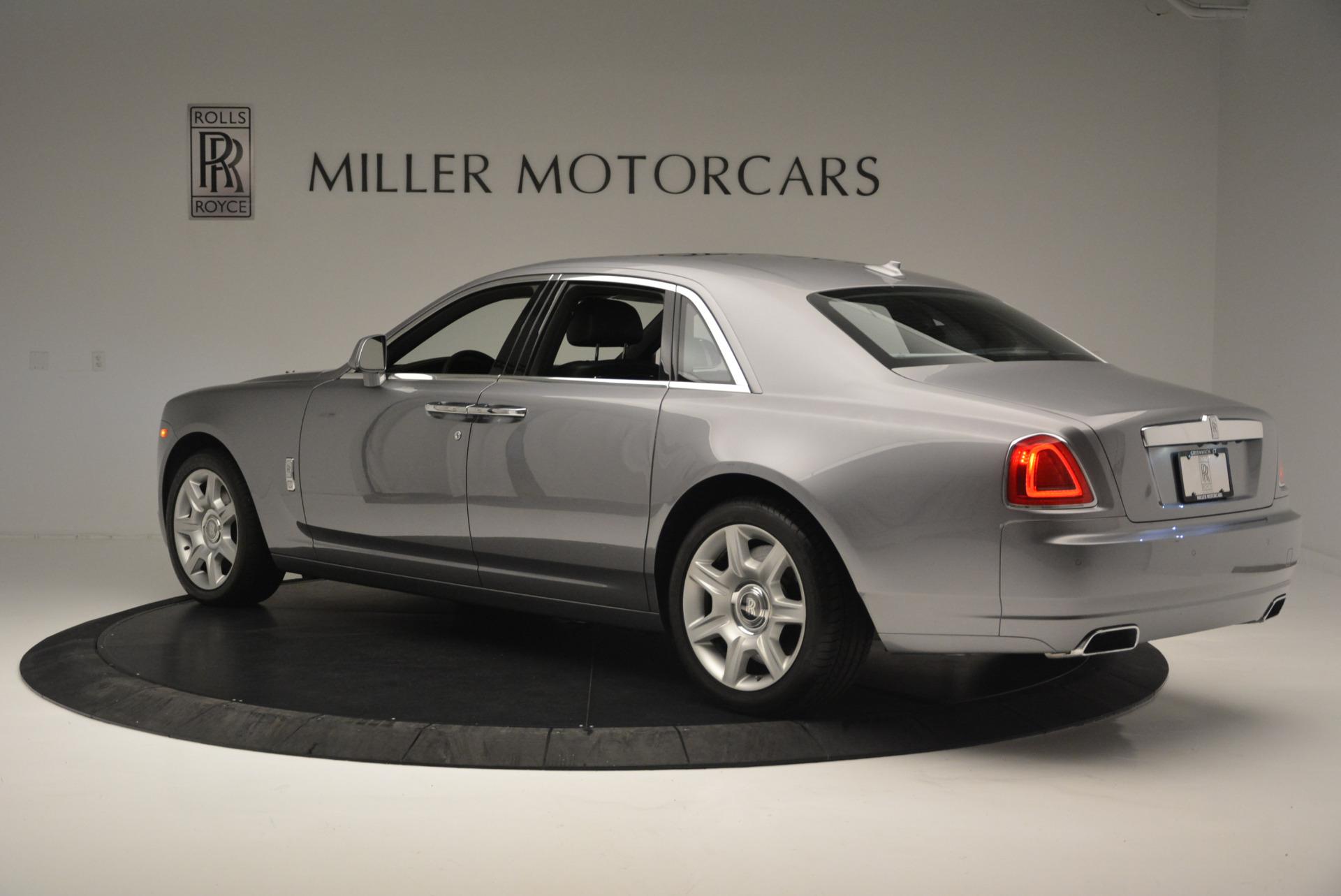 Used 2012 Rolls-Royce Ghost  For Sale In Westport, CT 2447_p5