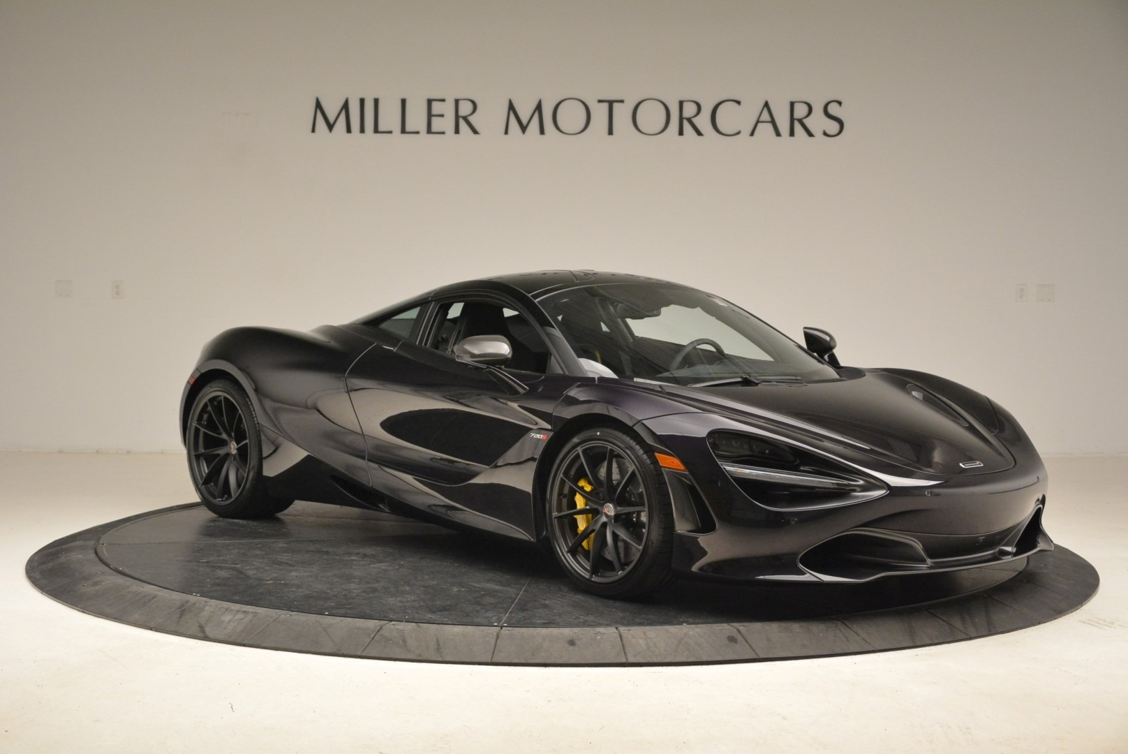 Used 2018 McLaren 720S Coupe For Sale In Westport, CT 2474_p10