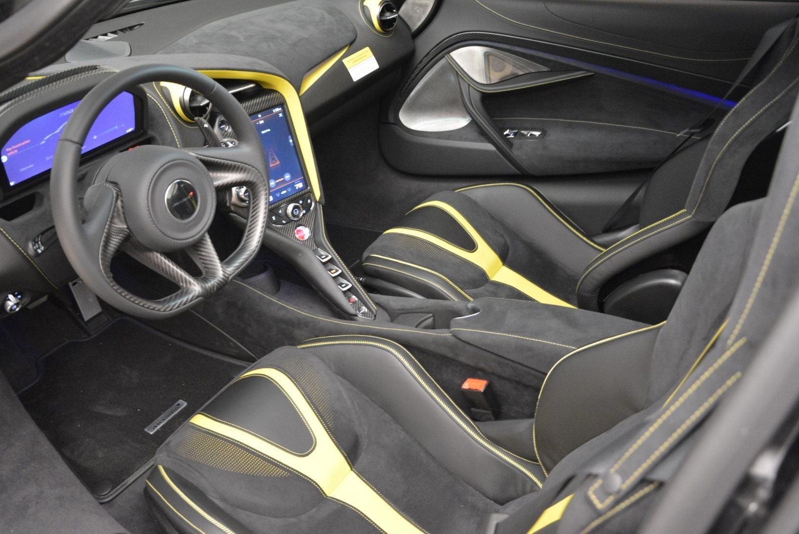 Used 2018 McLaren 720S Coupe For Sale In Westport, CT 2474_p15