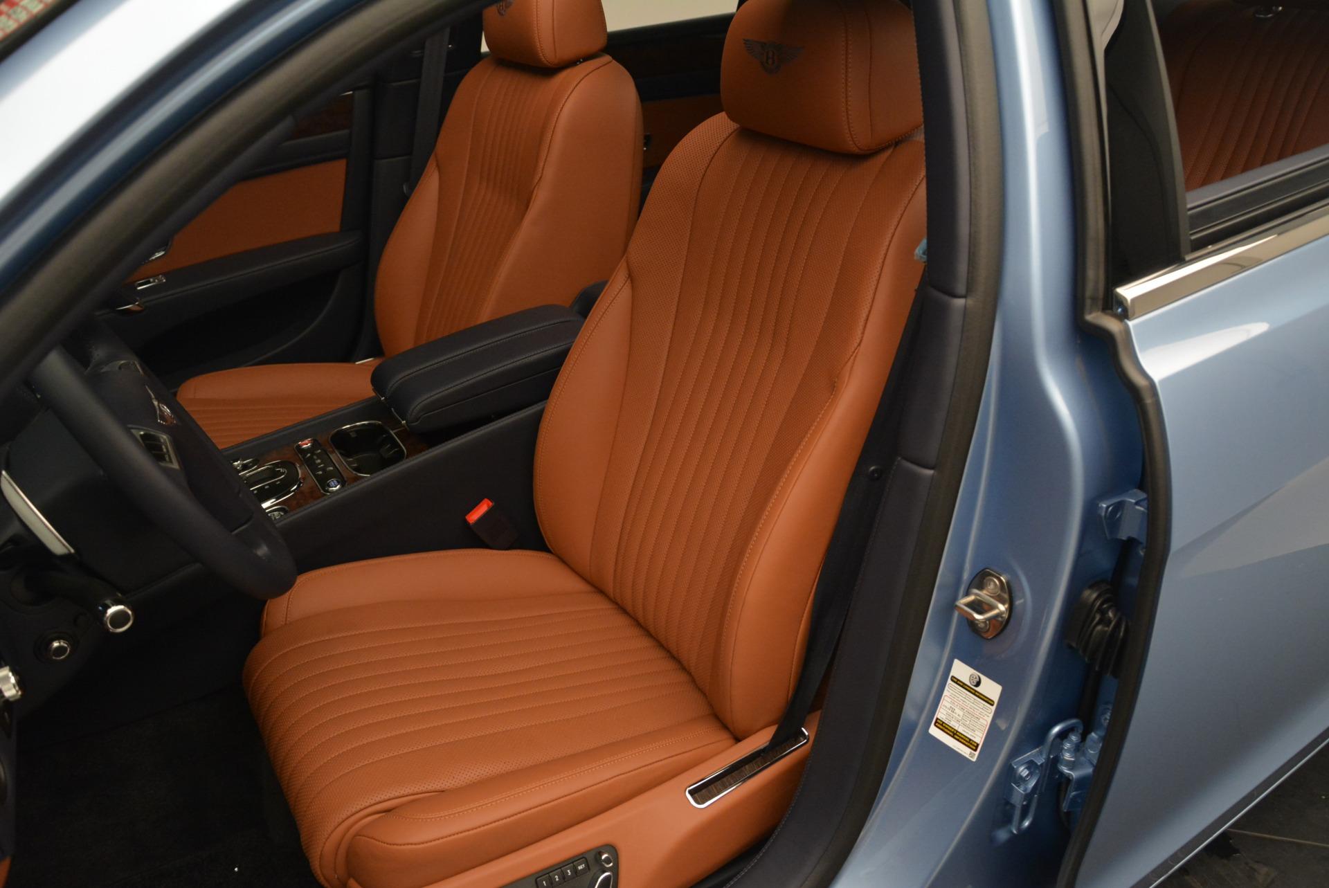 New 2018 Bentley Flying Spur V8 For Sale In Westport, CT 2484_p16