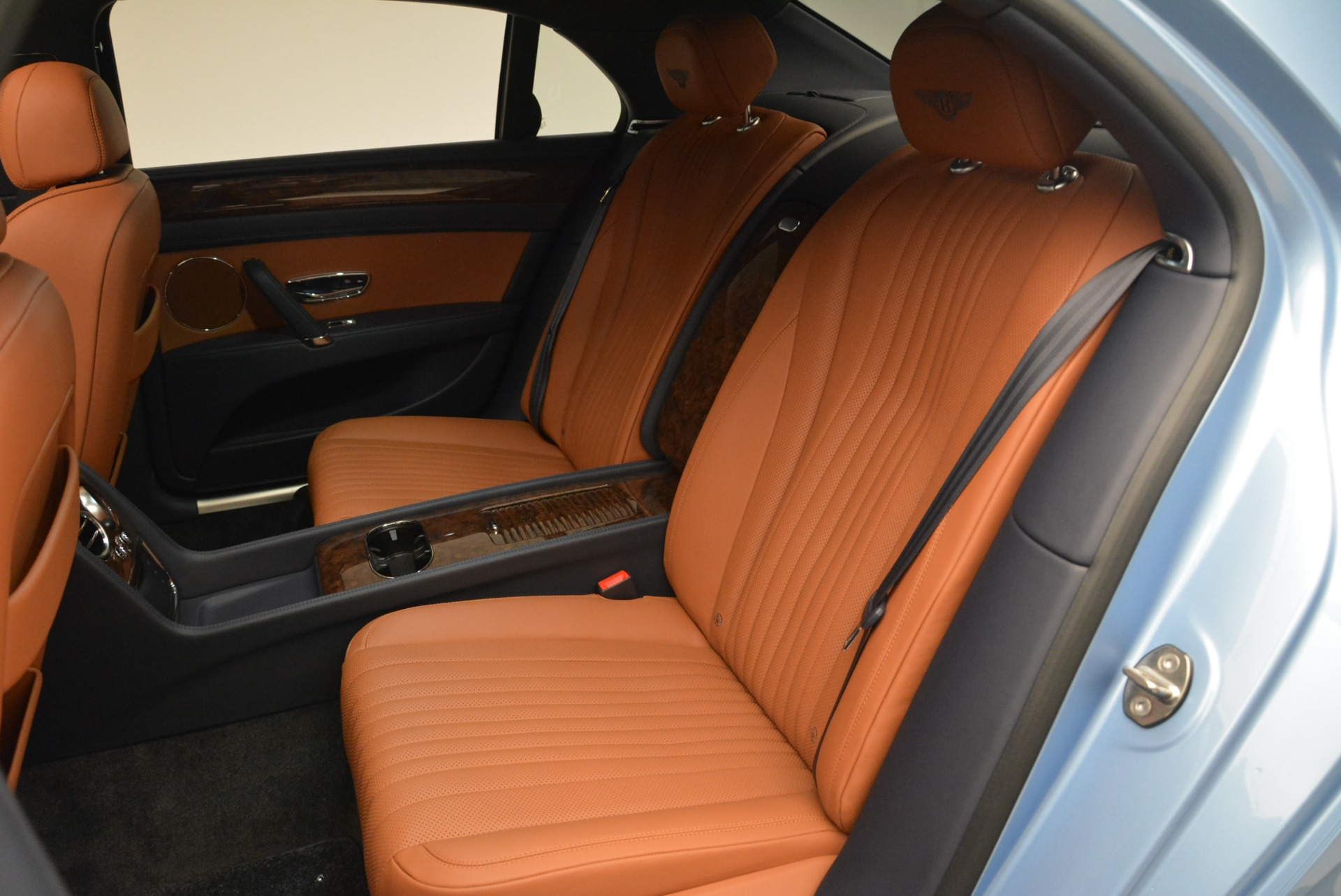 New 2018 Bentley Flying Spur V8 For Sale In Westport, CT 2484_p19