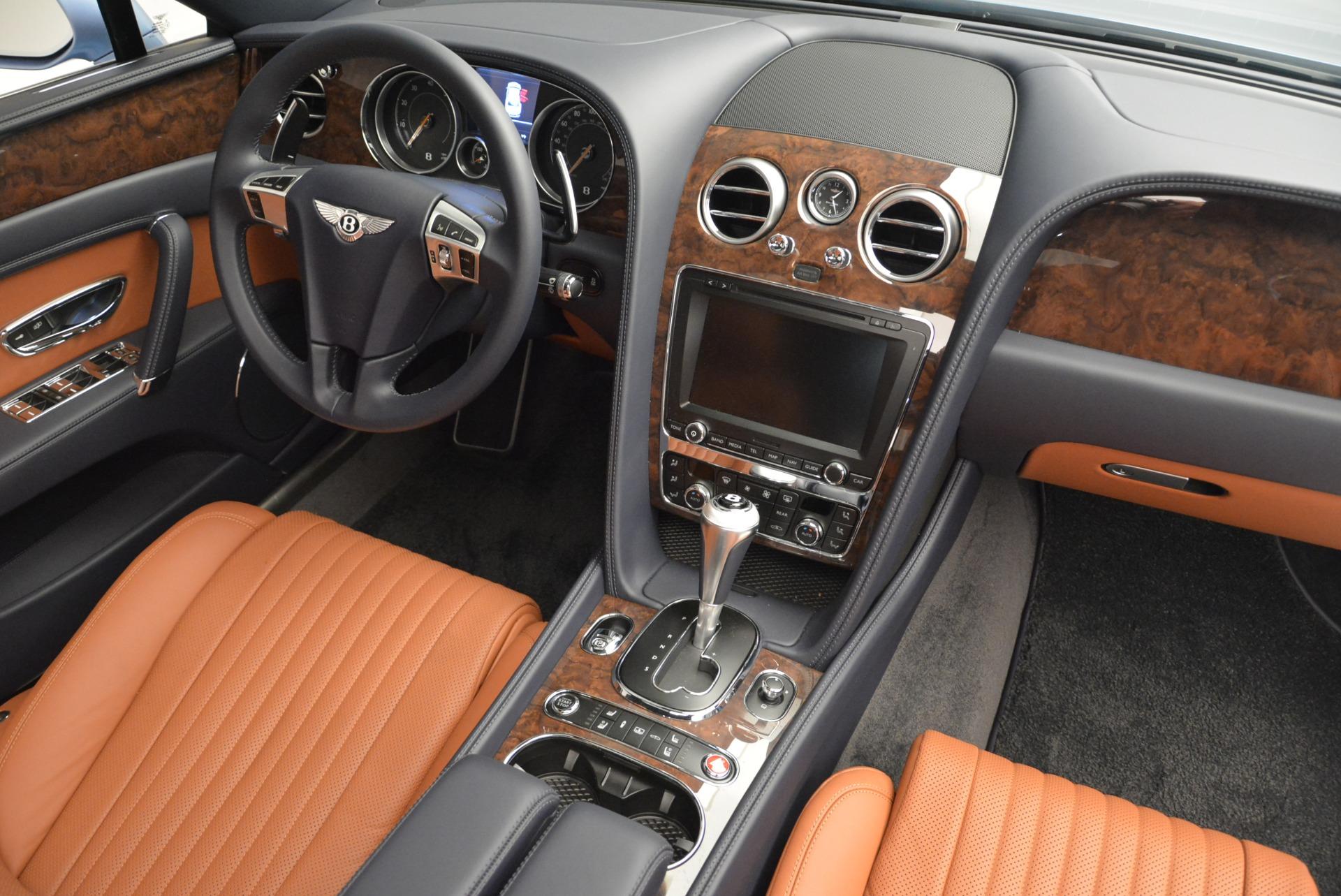 New 2018 Bentley Flying Spur V8 For Sale In Westport, CT 2484_p28