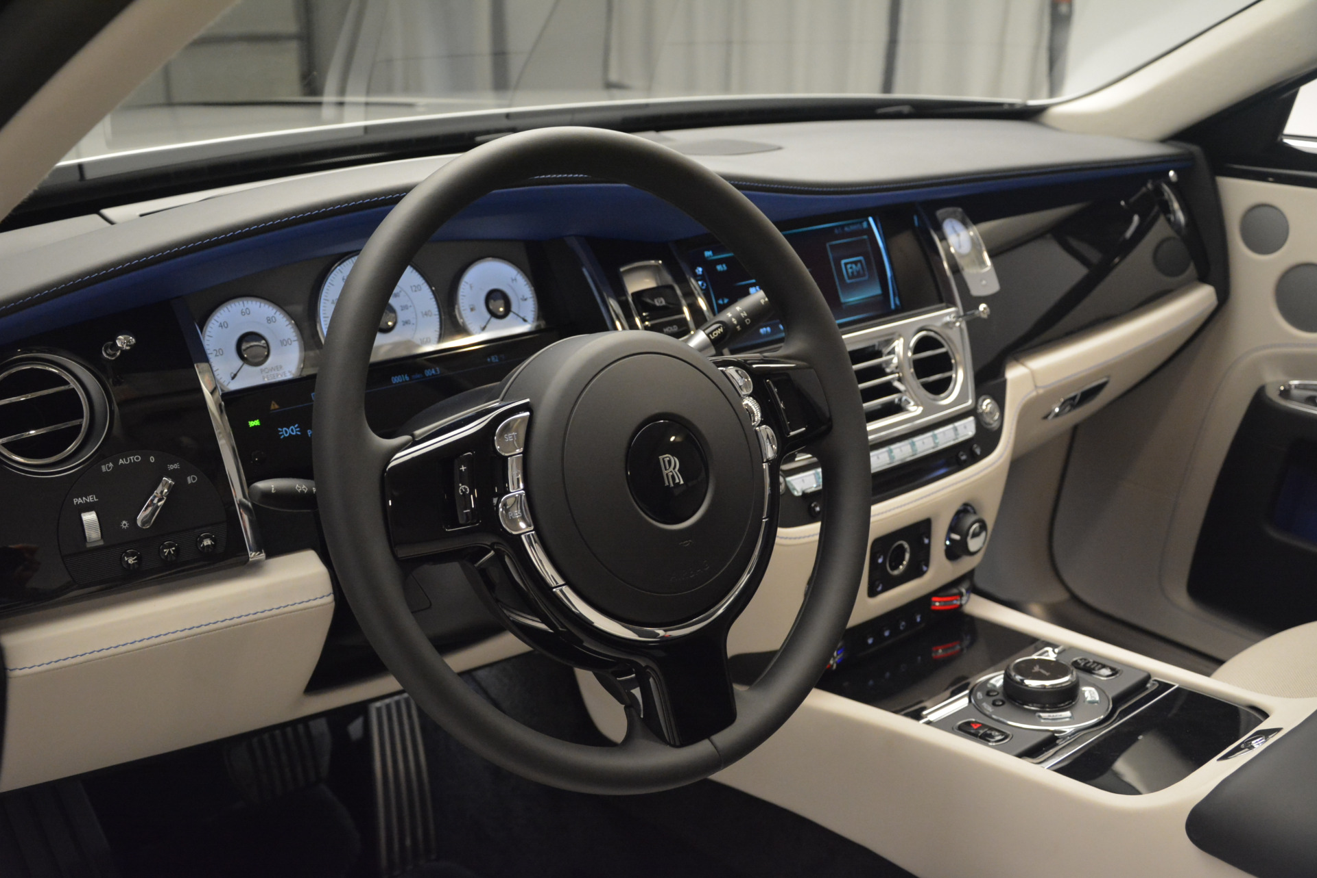 Used 2019 Rolls-Royce Ghost  For Sale In Westport, CT 2485_p14