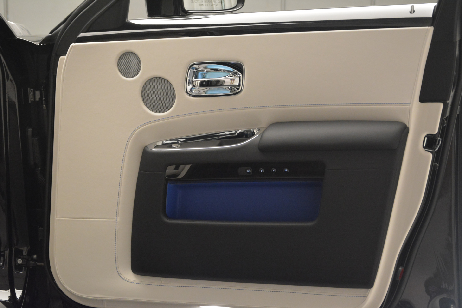 Used 2019 Rolls-Royce Ghost  For Sale In Westport, CT 2485_p24
