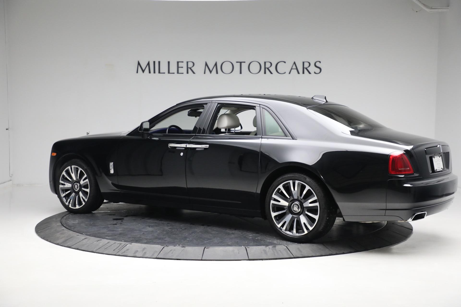 Used 2019 Rolls-Royce Ghost  For Sale In Westport, CT 2485_p4