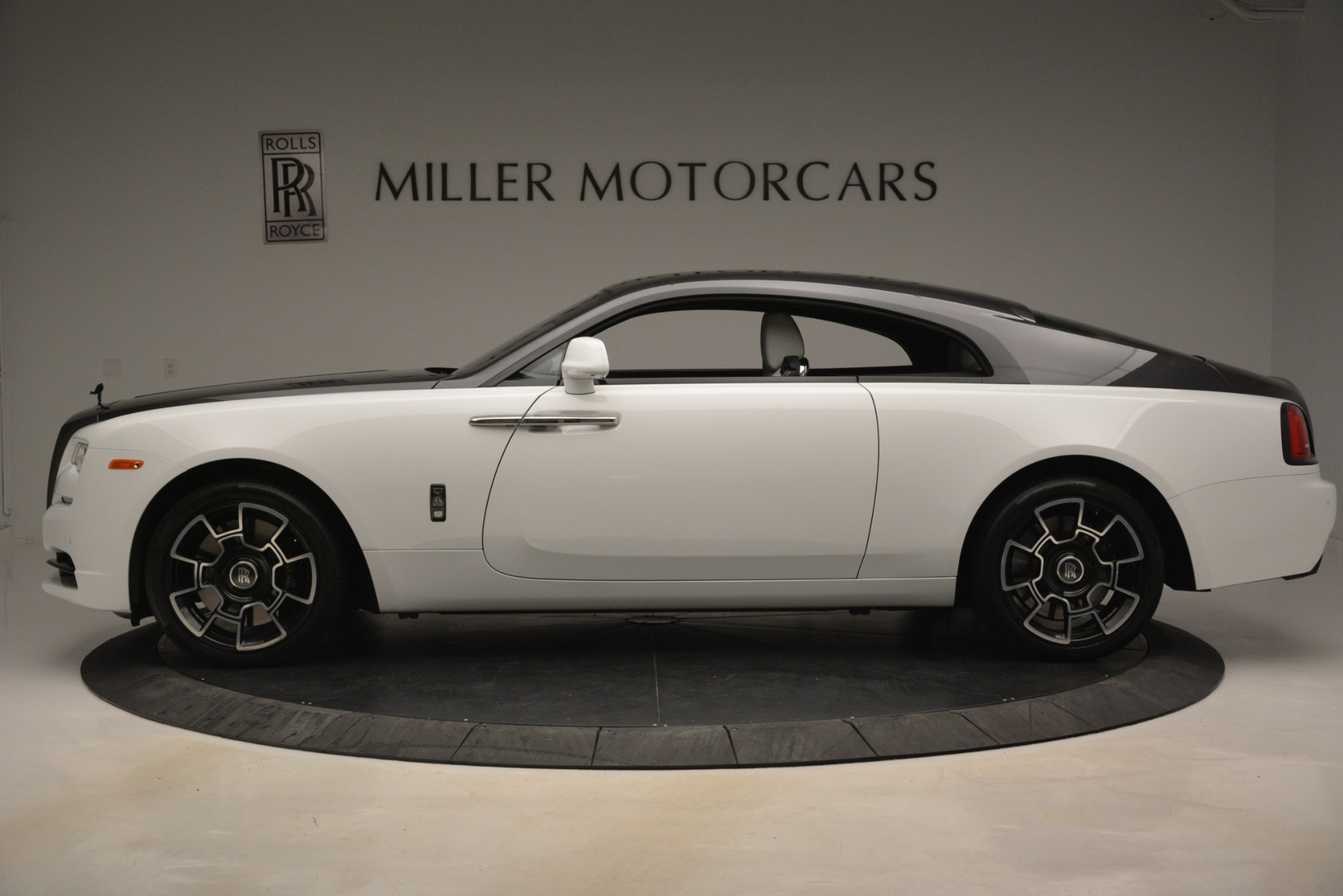 Used 2018 Rolls-Royce Wraith Black Badge Nebula Collection For Sale In Westport, CT 2491_p3