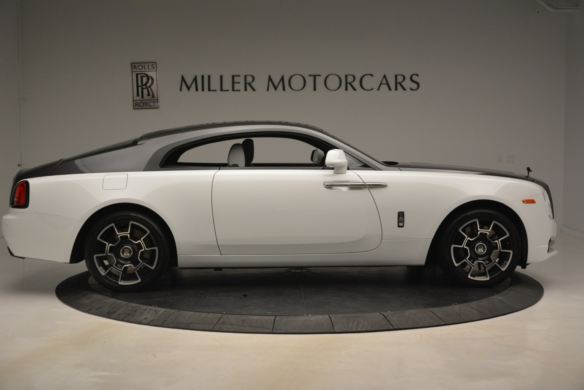 Used 2018 Rolls-Royce Wraith Black Badge Nebula Collection For Sale In Westport, CT 2491_p9