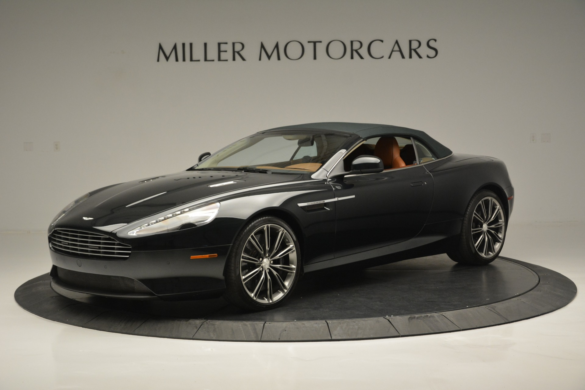 Used 2012 Aston Martin Virage Volante For Sale In Westport, CT 2508_p14