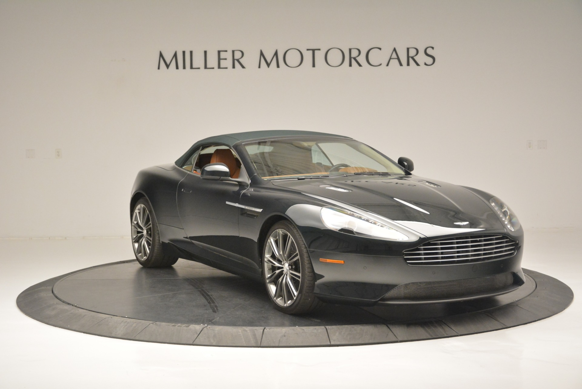 Used 2012 Aston Martin Virage Volante For Sale In Westport, CT 2508_p18