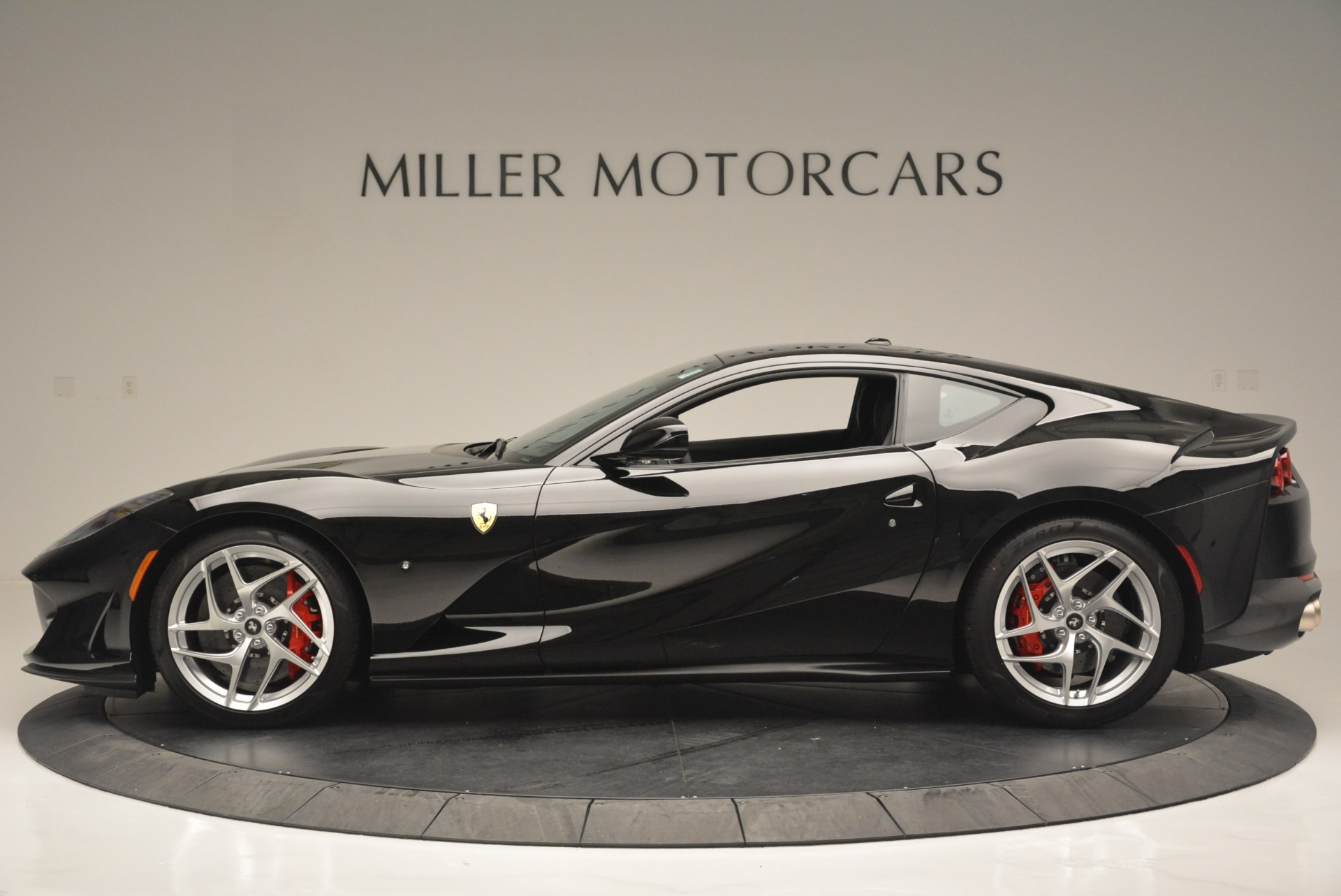 Used 2018 Ferrari 812 Superfast  For Sale In Westport, CT 2511_p3