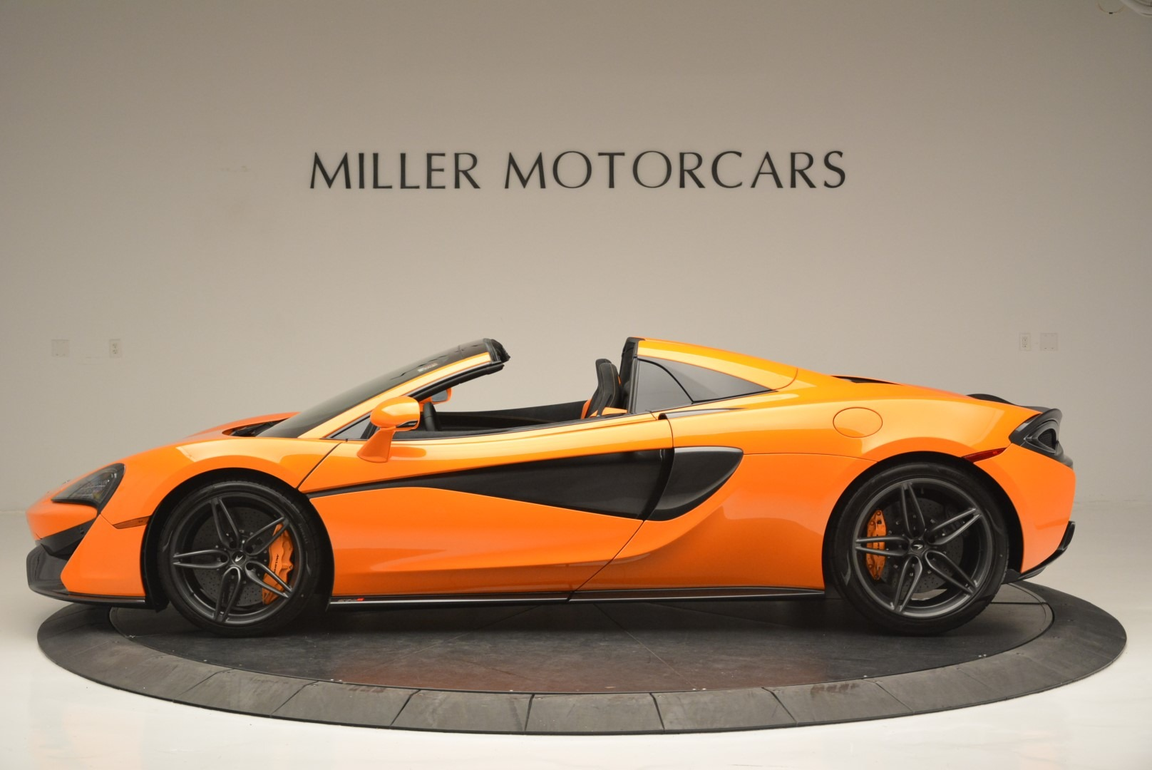 New 2019 McLaren 570S Spider Convertible For Sale In Westport, CT 2520_p3