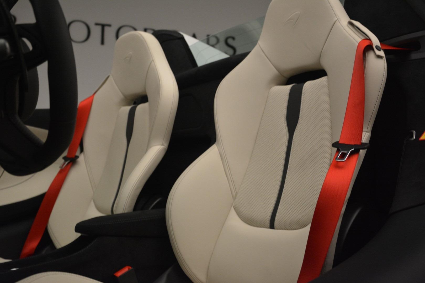 New 2019 McLaren 570S Spider Convertible For Sale In Westport, CT 2523_p25