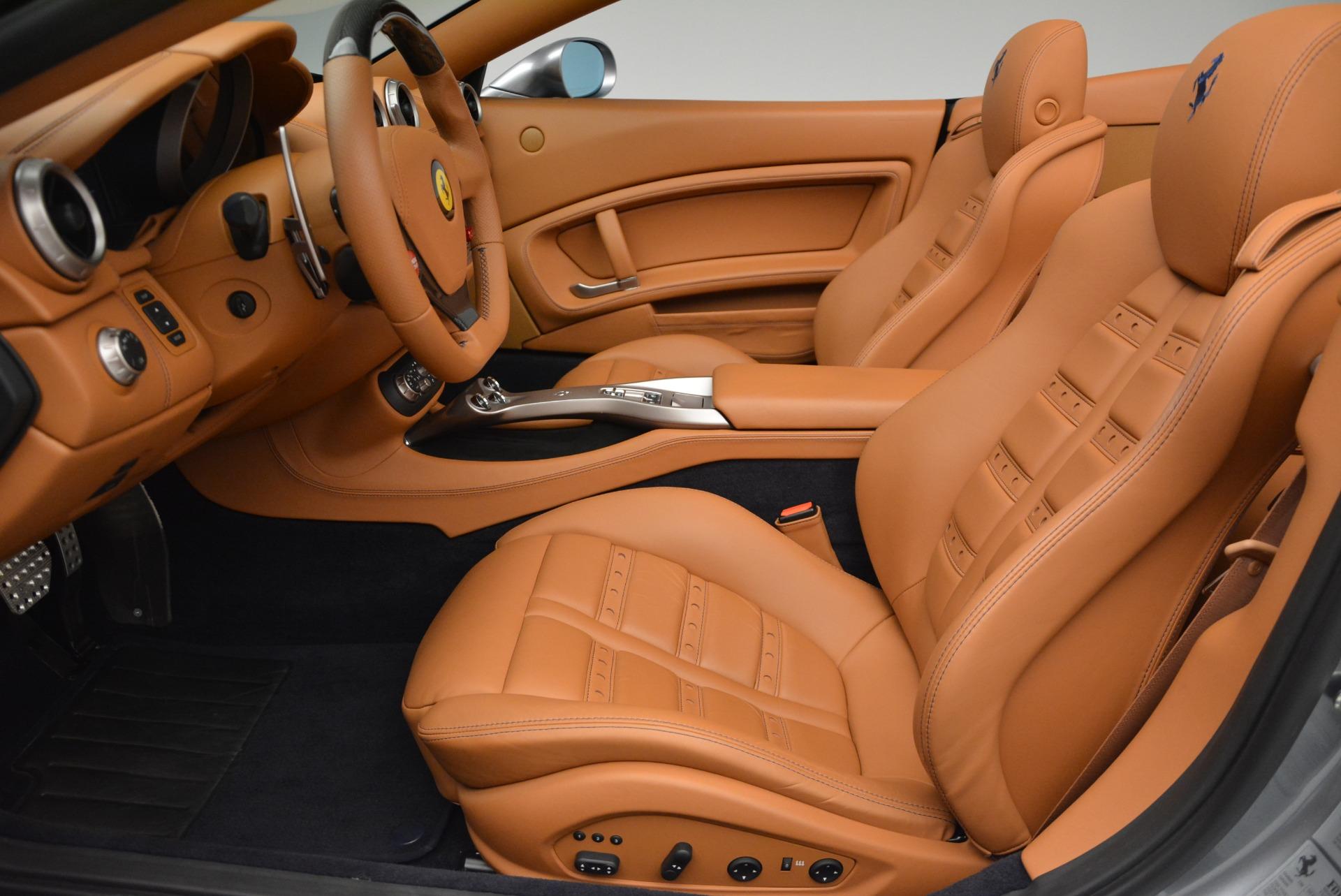 Used 2012 Ferrari California  For Sale In Westport, CT 2524_p26