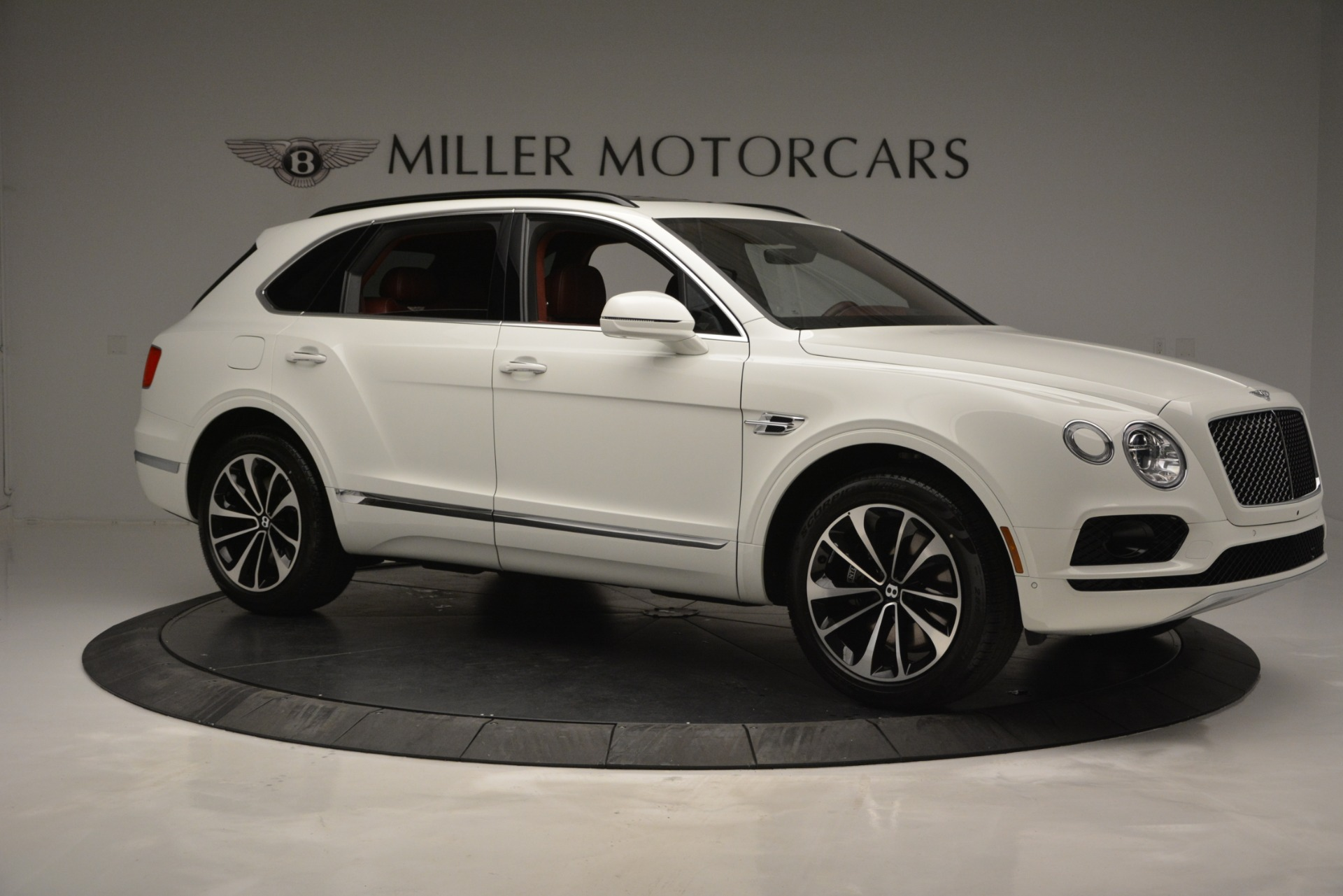 New 2019 Bentley Bentayga V8 For Sale In Westport, CT 2535_p10