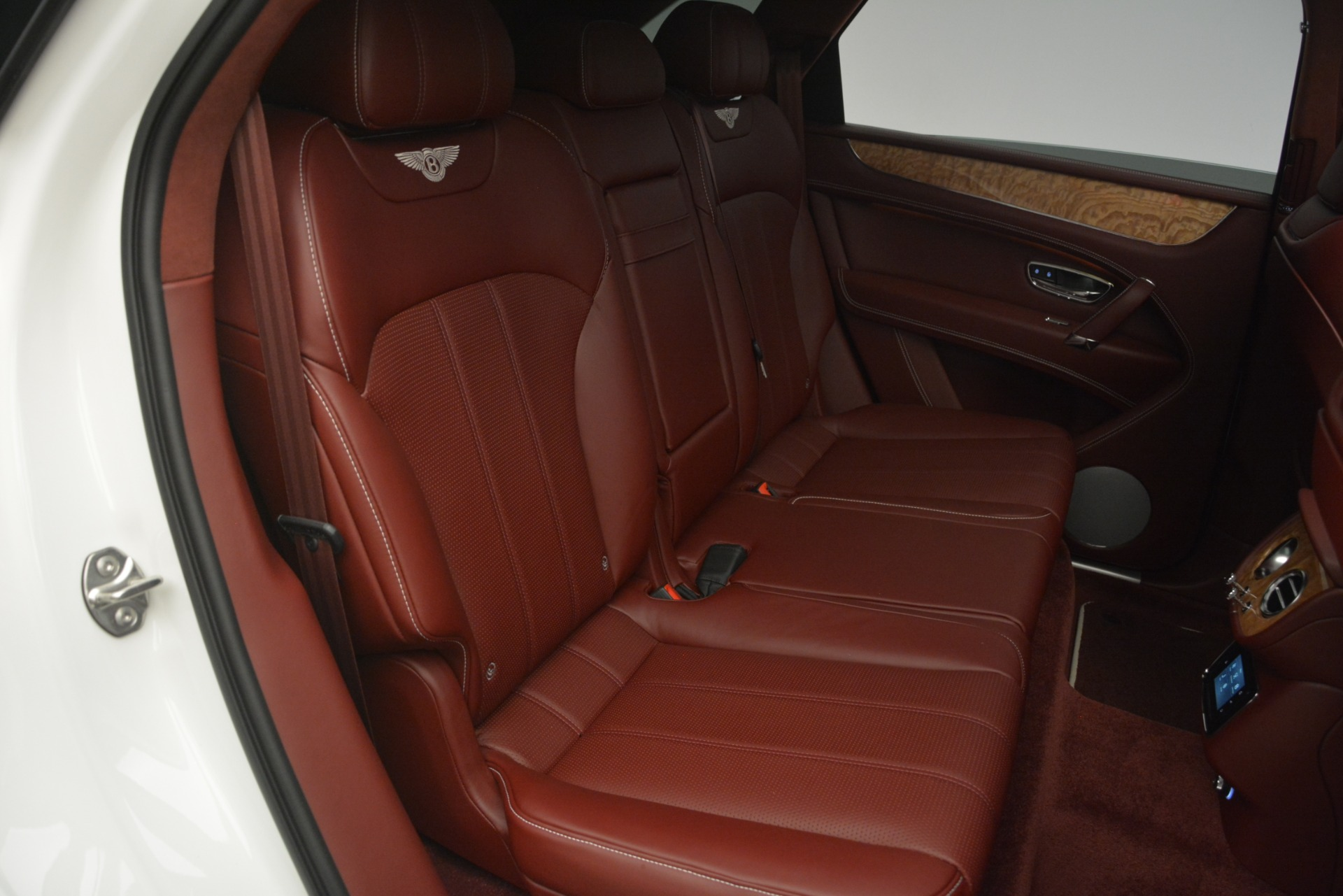 New 2019 Bentley Bentayga V8 For Sale In Westport, CT 2535_p30