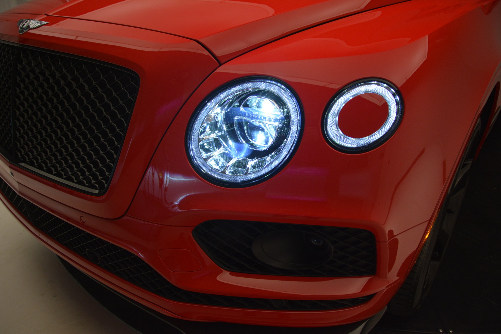 New 2019 BENTLEY Bentayga V8 For Sale In Westport, CT 2536_p14