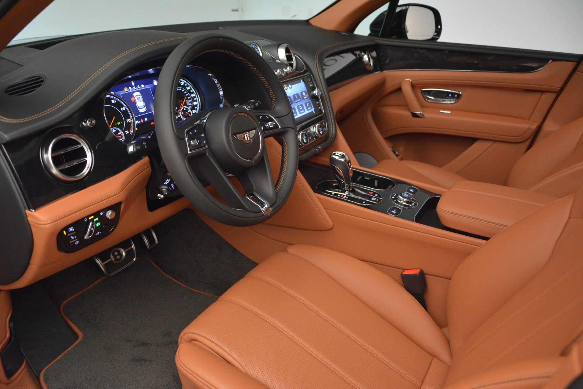 New 2019 Bentley Bentayga V8 For Sale In Westport, CT 2537_p17