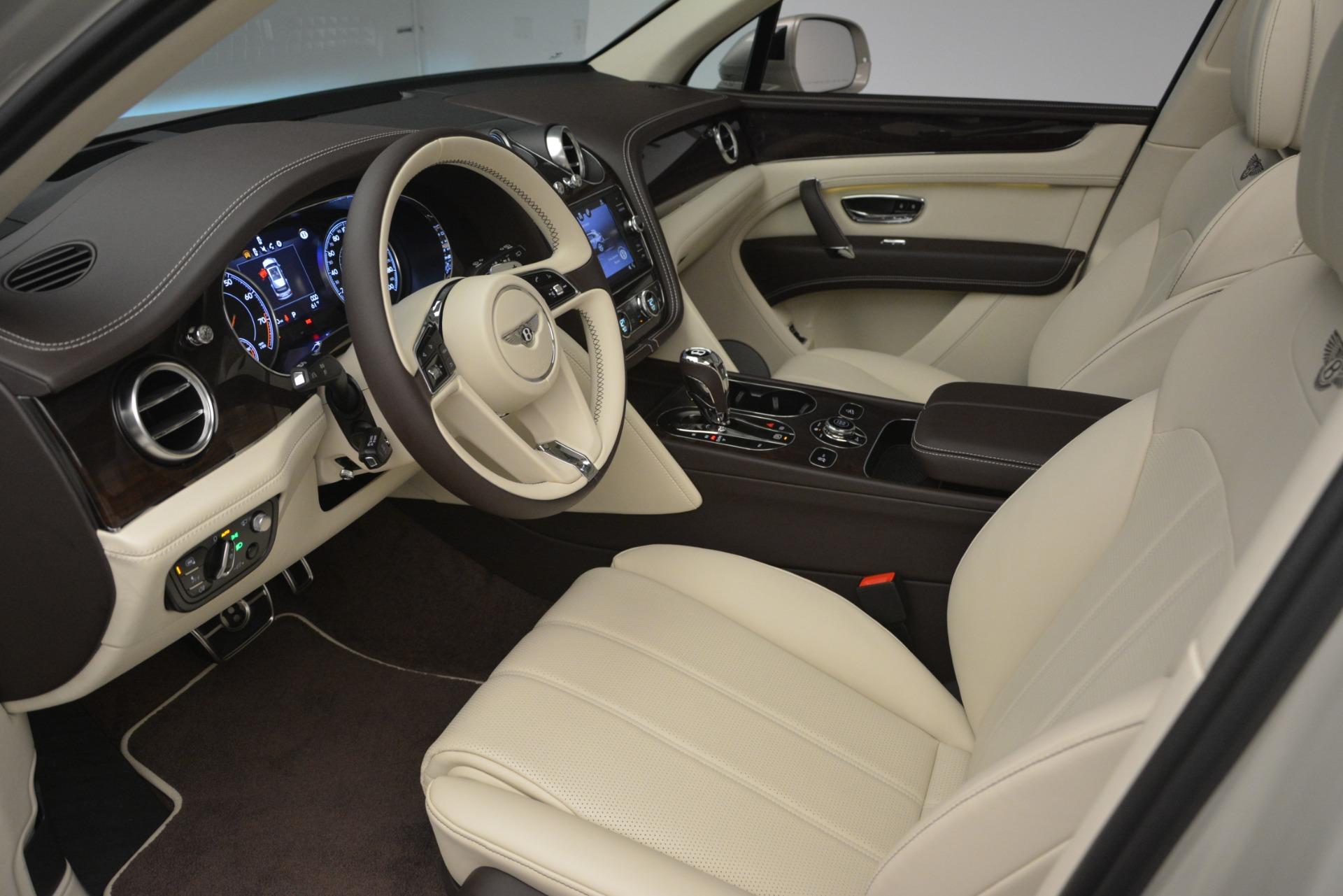 New 2019 Bentley Bentayga V8 For Sale In Westport, CT 2538_p17