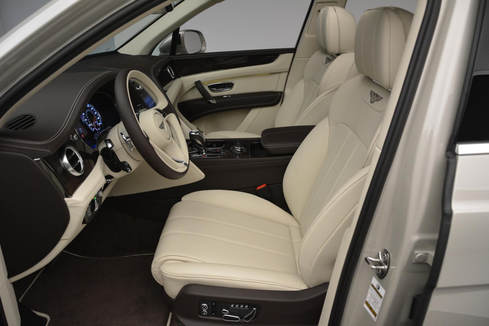 New 2019 Bentley Bentayga V8 For Sale In Westport, CT 2538_p18