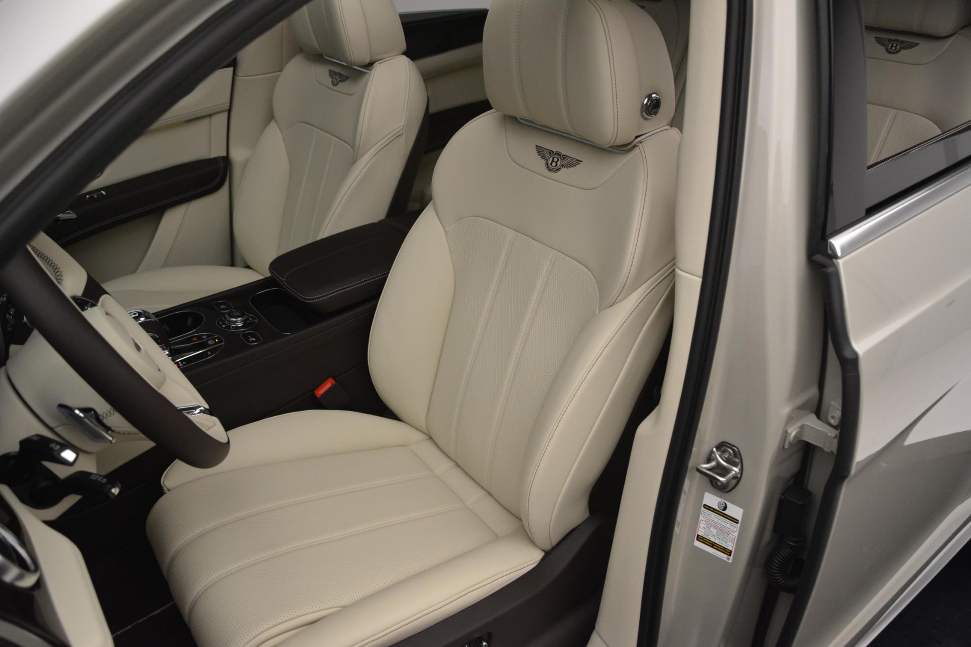New 2019 Bentley Bentayga V8 For Sale In Westport, CT 2538_p19