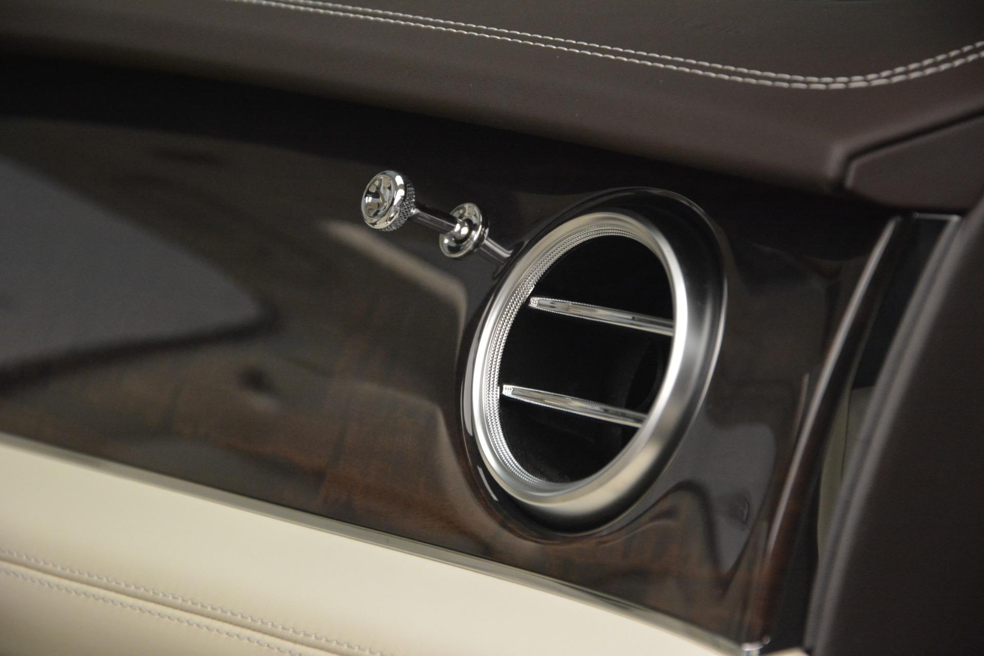 New 2019 Bentley Bentayga V8 For Sale In Westport, CT 2538_p22